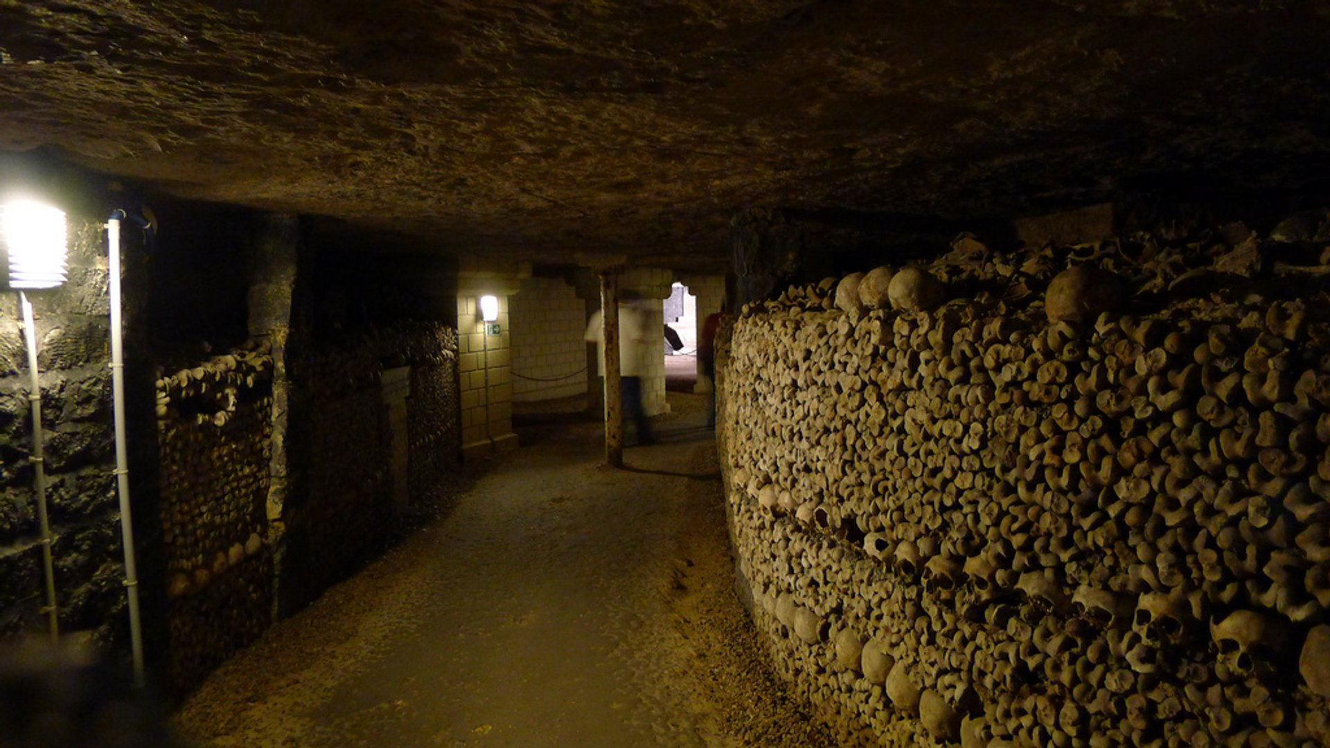 Catacombs: Shorter Waiting Time in Paris - Best Season 2020