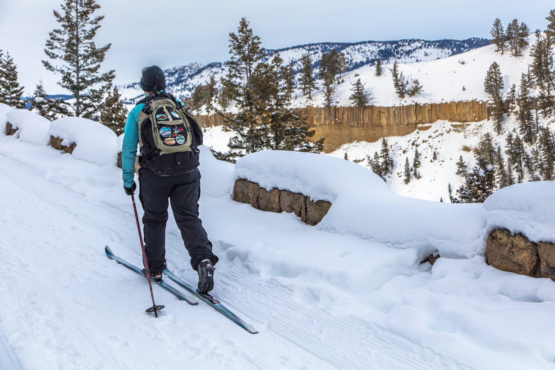 Best time for Cross-Country Skiing and Snowshoeing in Yellowstone National Park