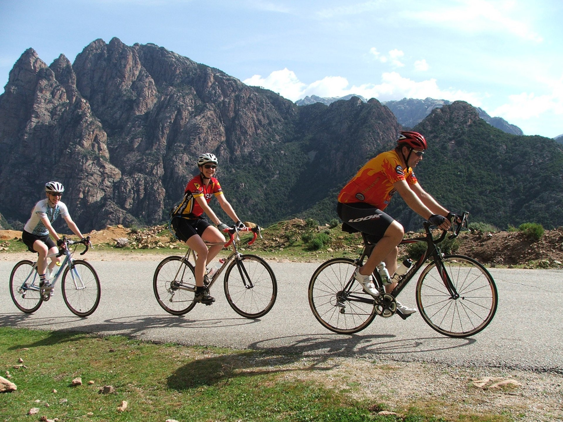 Cycling around the Island in Corsica 2020 - Best Time