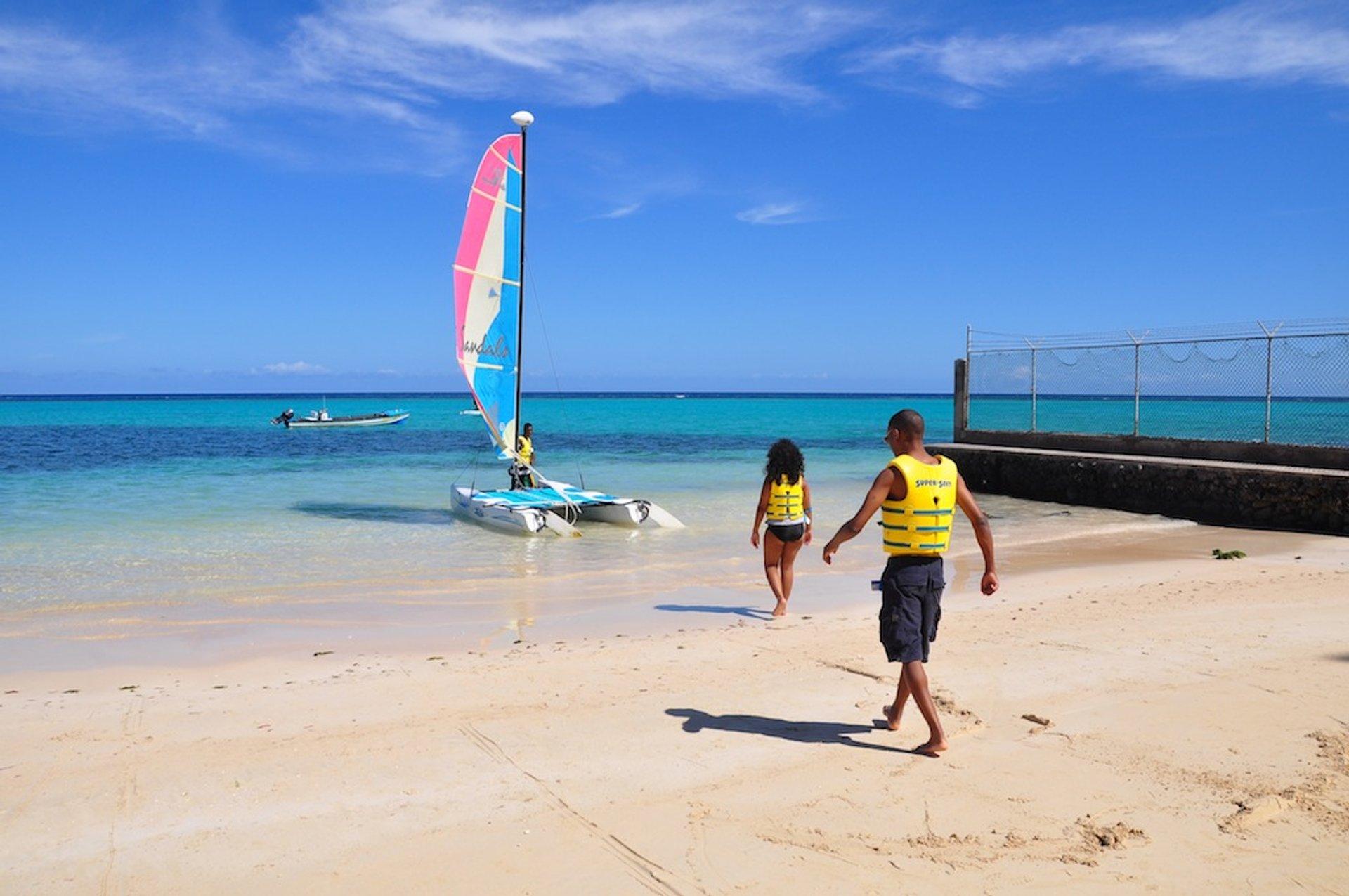 Sailing in Jamaica - Best Season 2020
