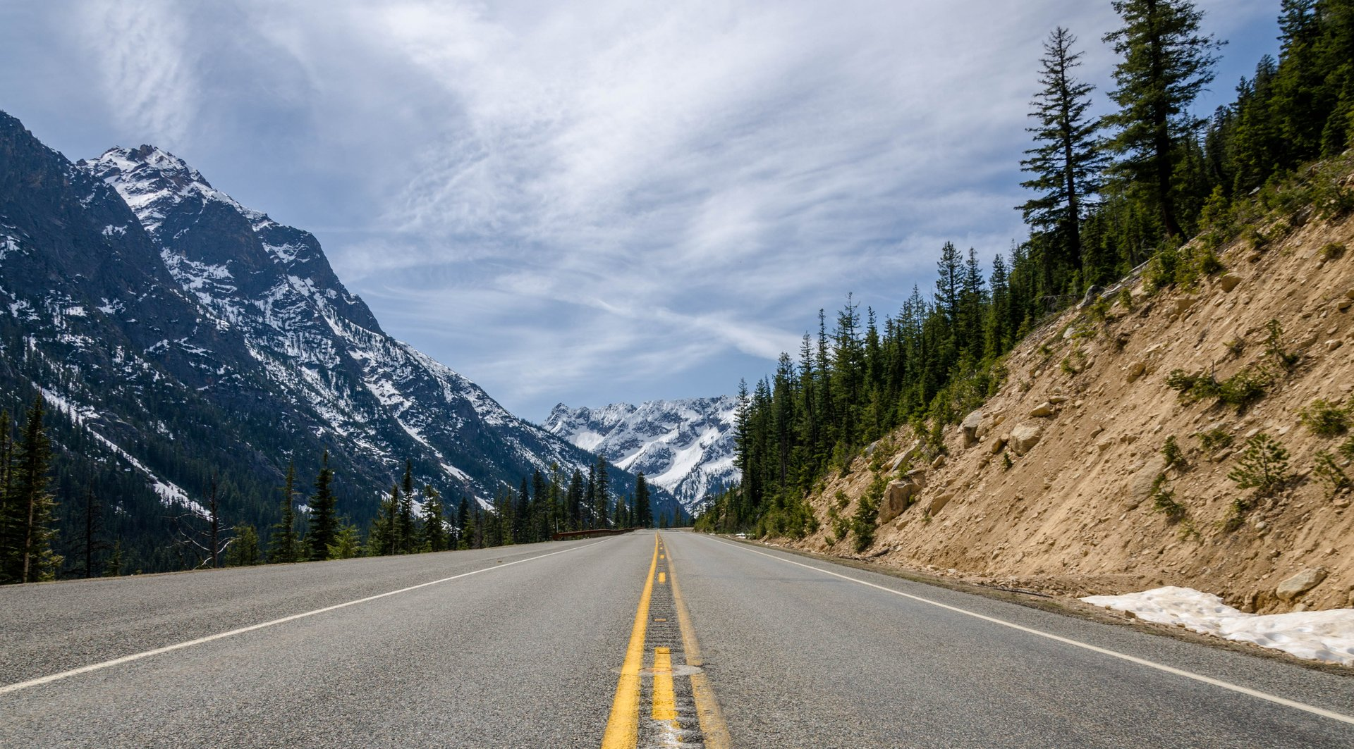 North Cascades Highway in Washington 2020 - Best Time
