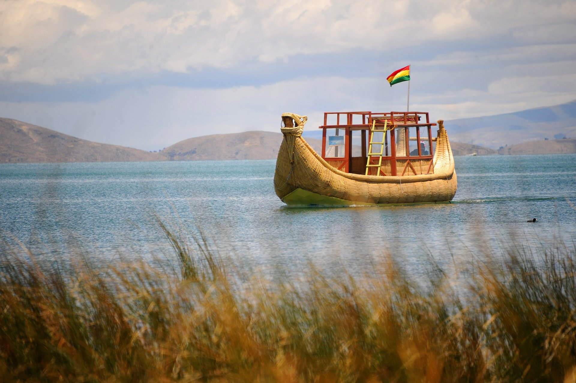 Best time for Cruise and Sail on Lake Titicaca in Bolivia 2020