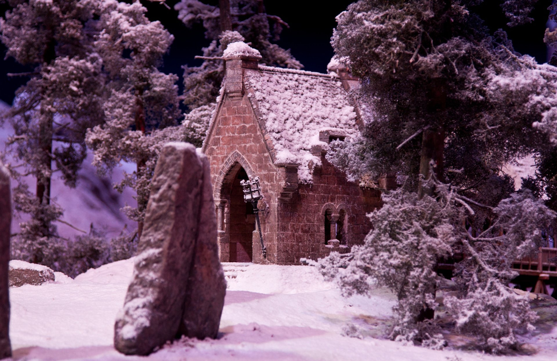 Best time to see Hogwarts in the Snow in London 2020