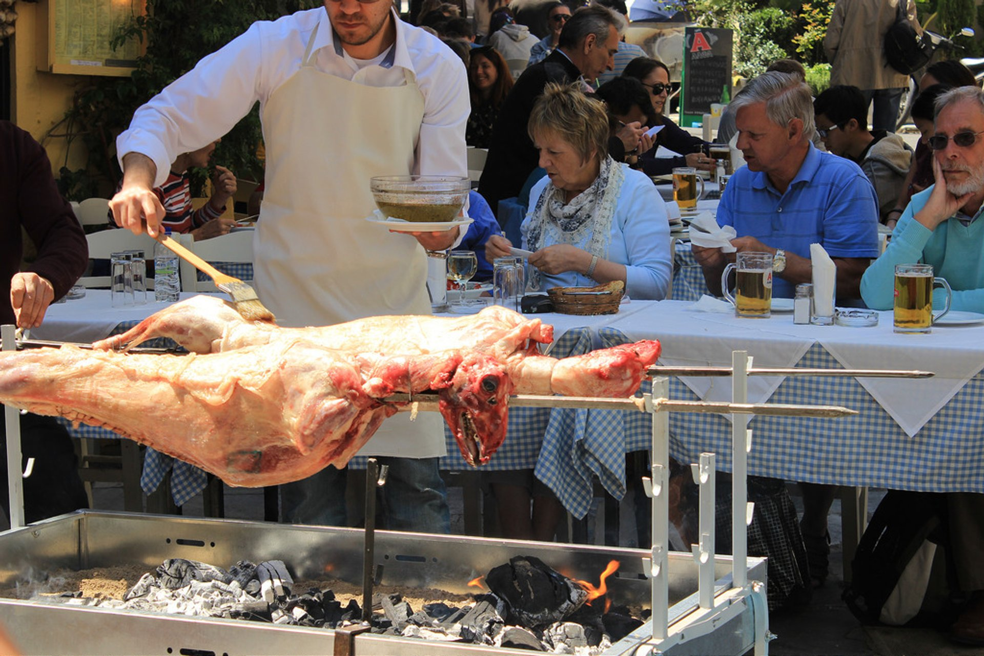 Best time for Greek Easter Food in Athens 2019