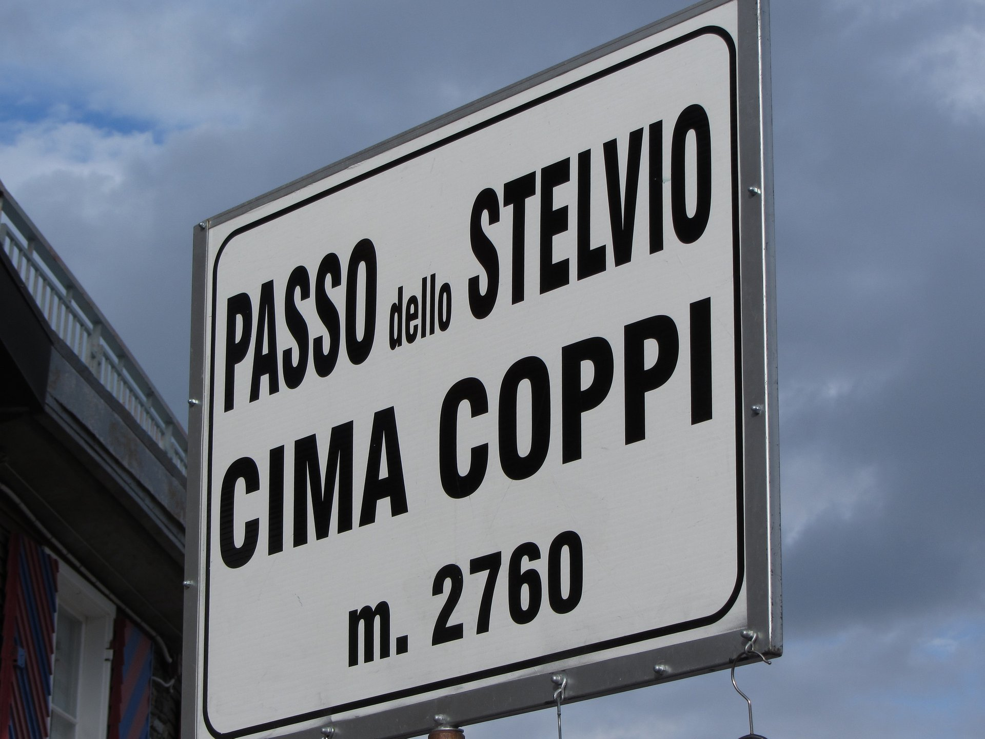 Height of the Stevlio Pass