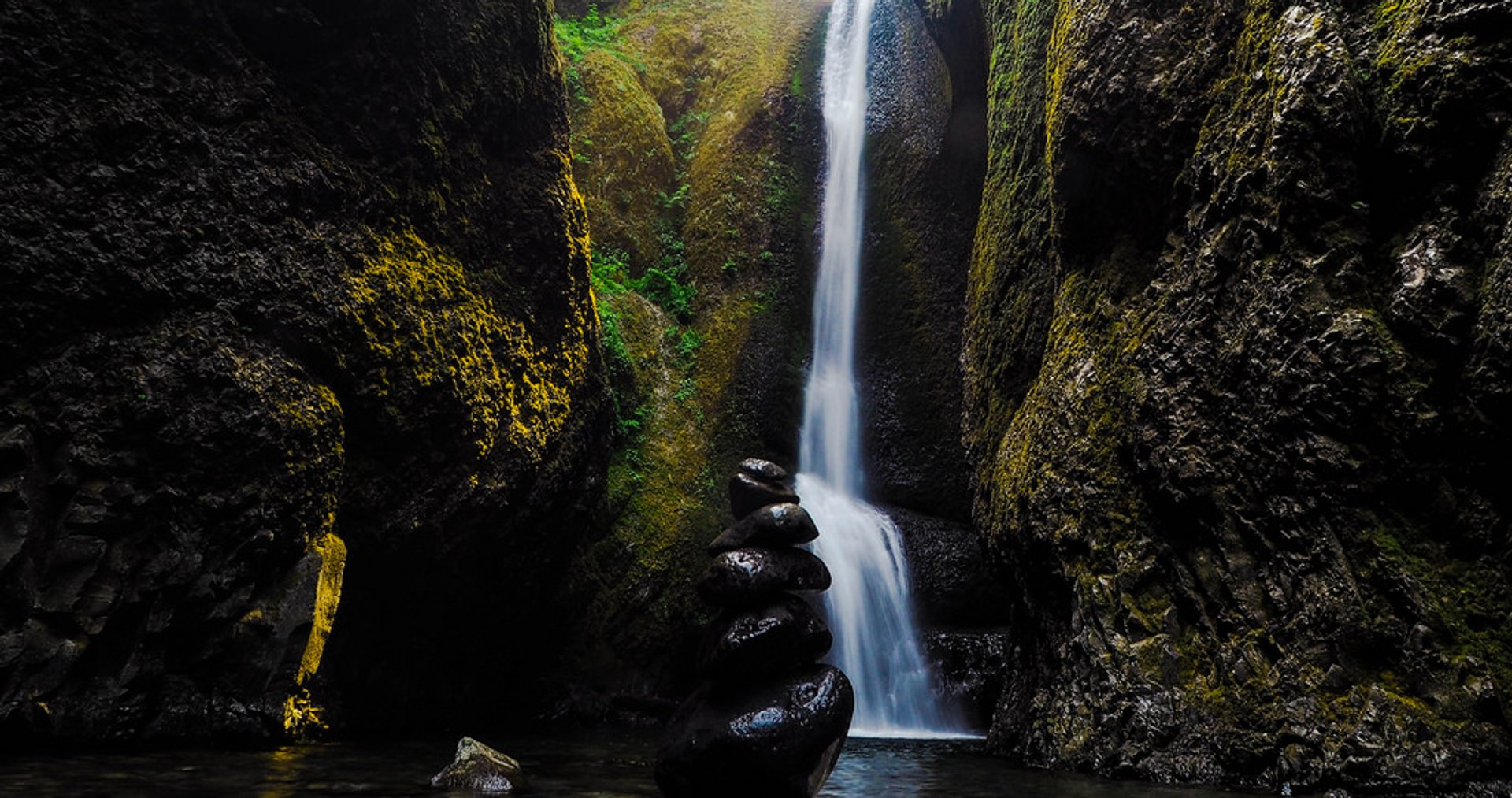 Oneonta Gorge in Portland 2019 - Best Time
