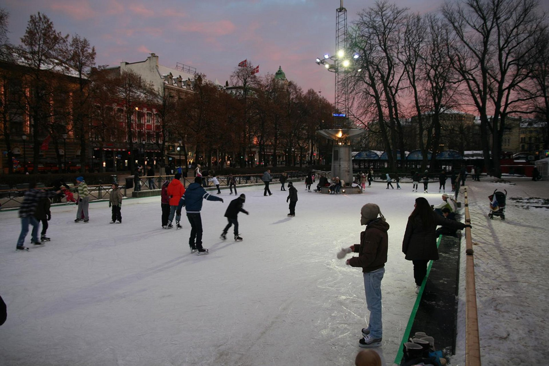 Outdoor Ice Skating in Oslo 2019 - Best Time