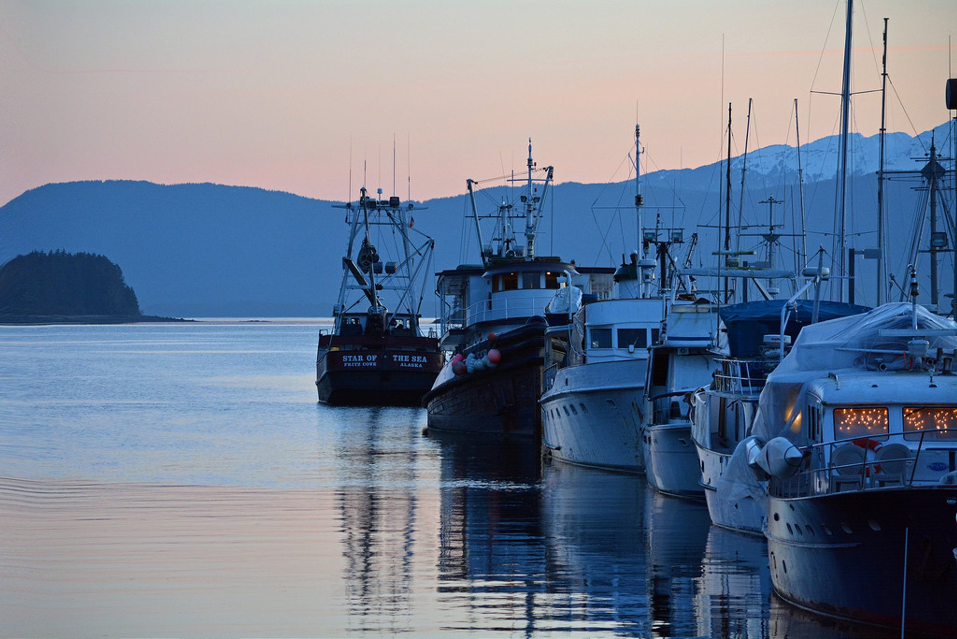 Best time for Auke Bay Winter Sunset in Alaska 2020