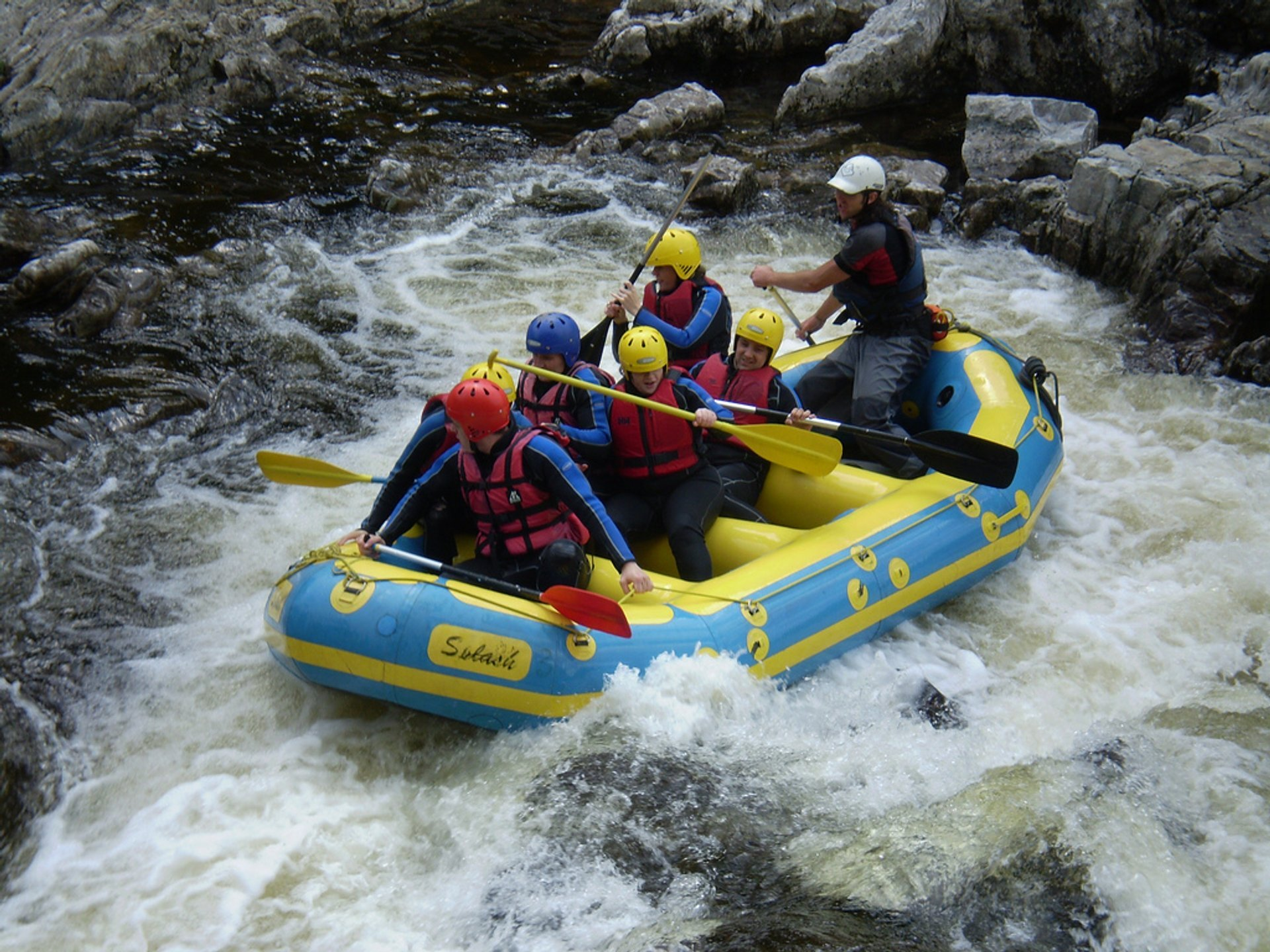 White Water Rafting in Scotland 2020 - Best Time