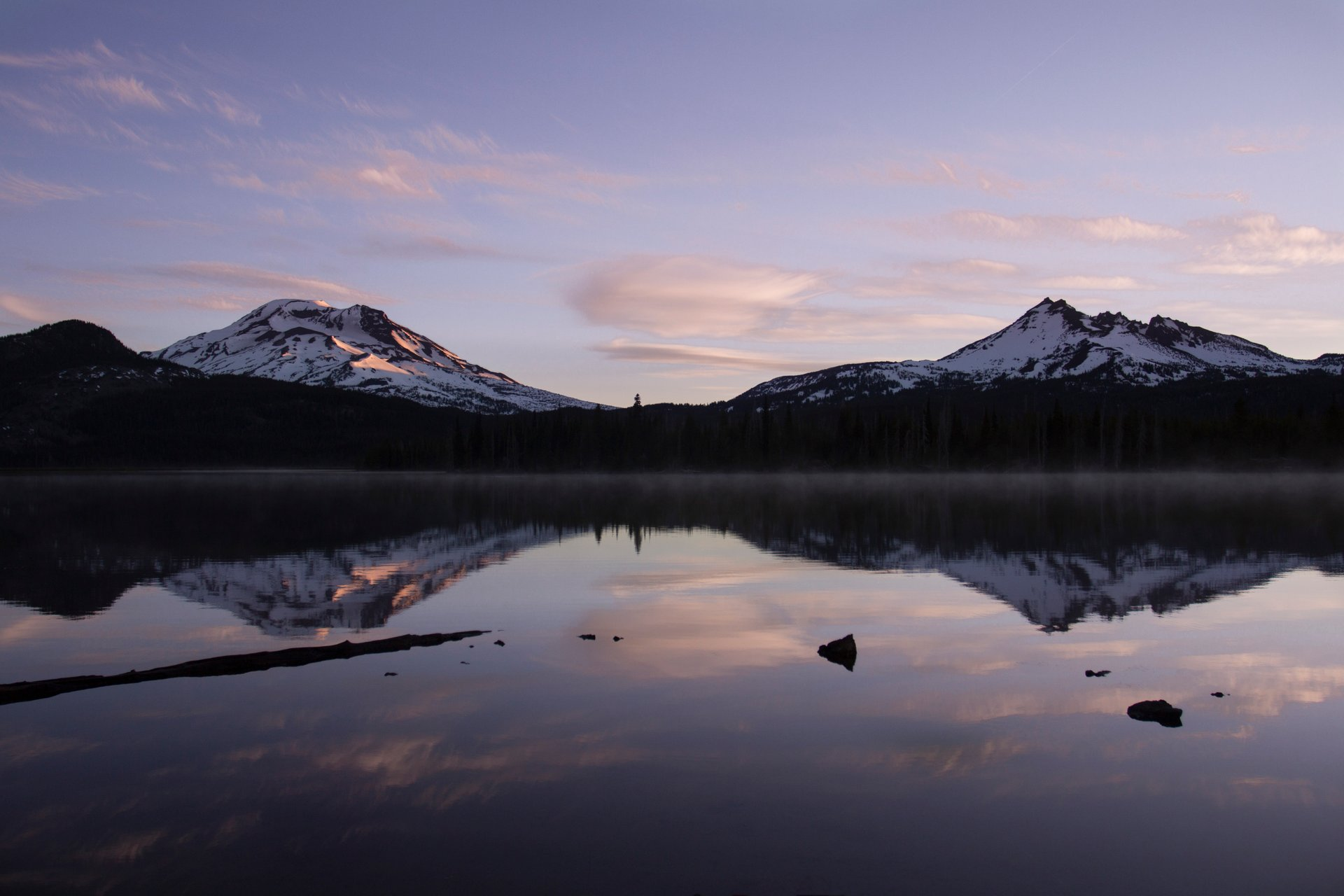 Best time to see Sparks Lake in Oregon 2020