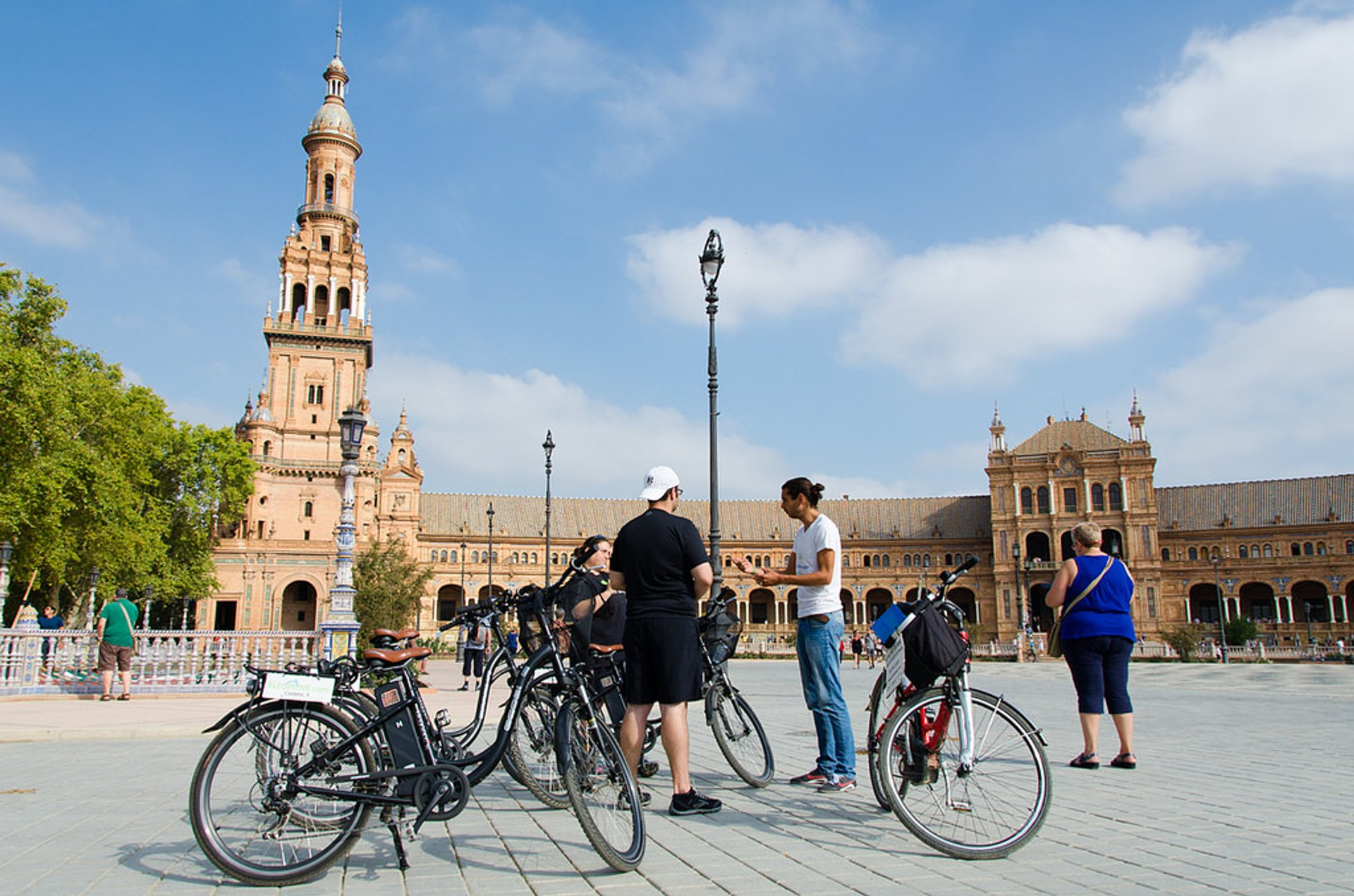 Cycling in Seville 2020 - Best Time