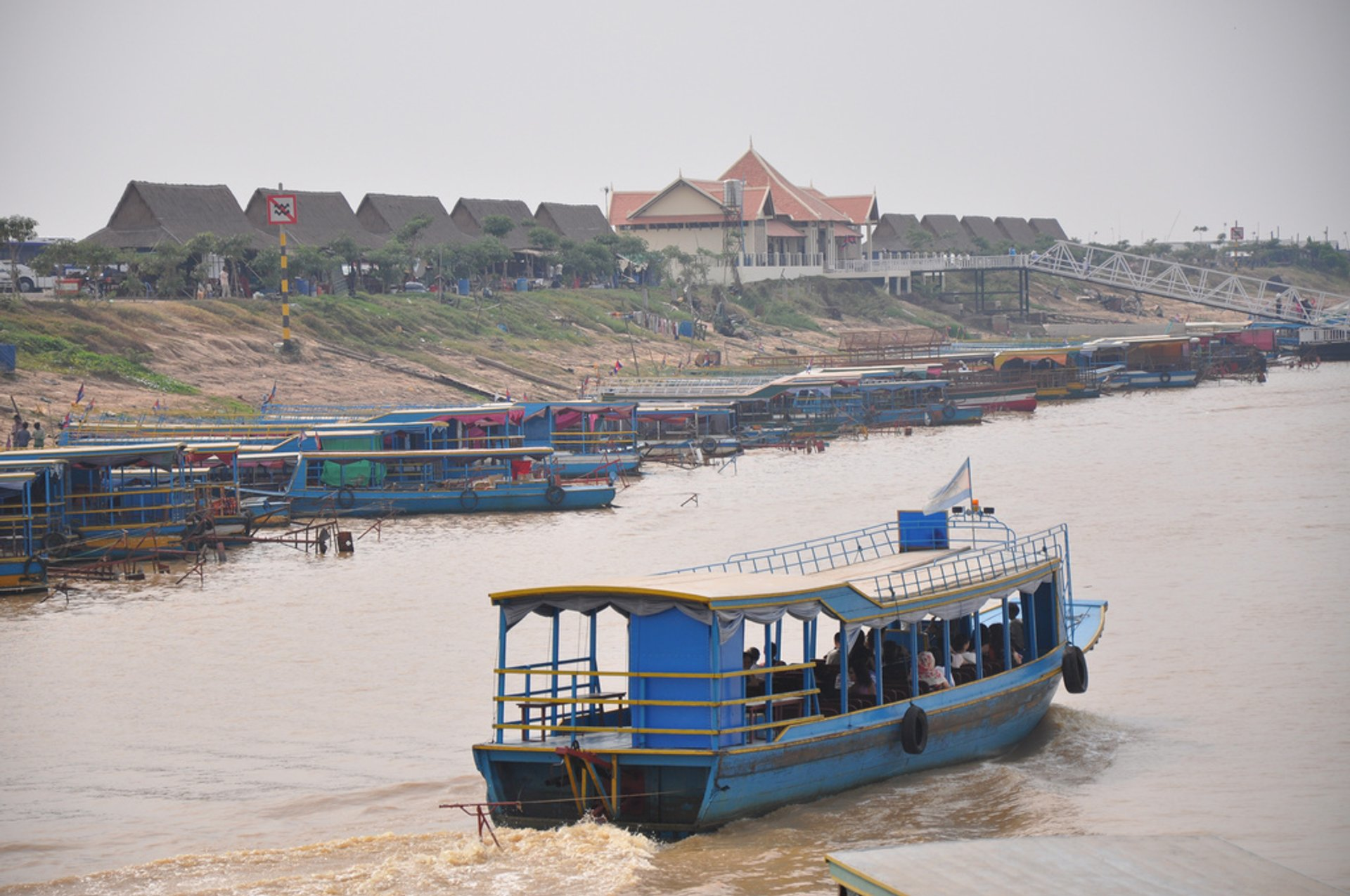 Tonlé Sap Floating Village 2020