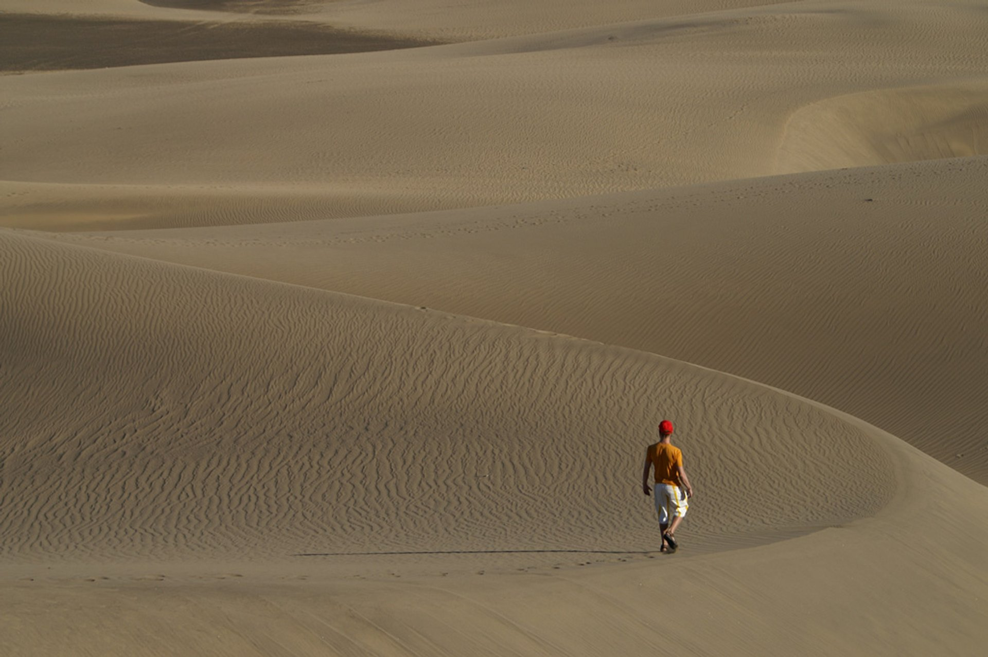 Best time for Walking the Maspalomas Dunes in Canary Islands 2020
