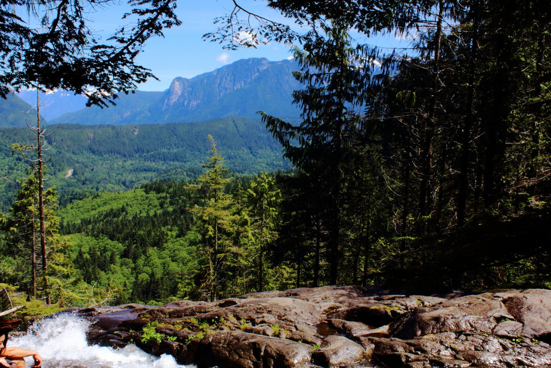 Best time for Lake Serene & Bridal Veil Falls in Seattle 2019