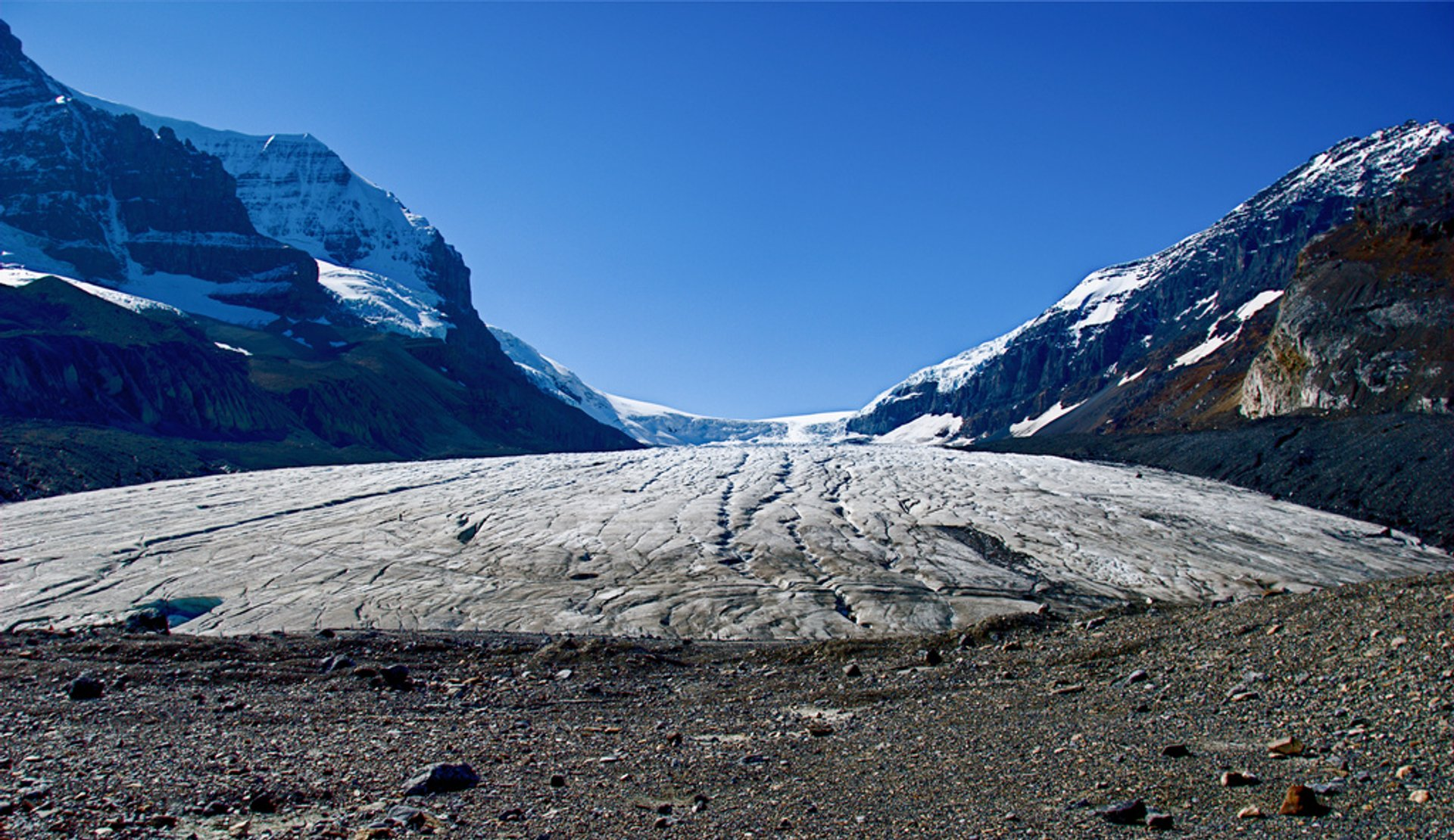 Best time for Columbia Icefield, Athabasca Glacier in Banff & Jasper National Parks 2020