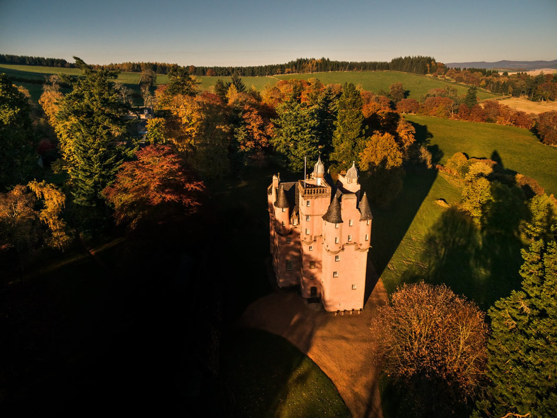 Autumnal Castles in Scotland 2019 - Best Time