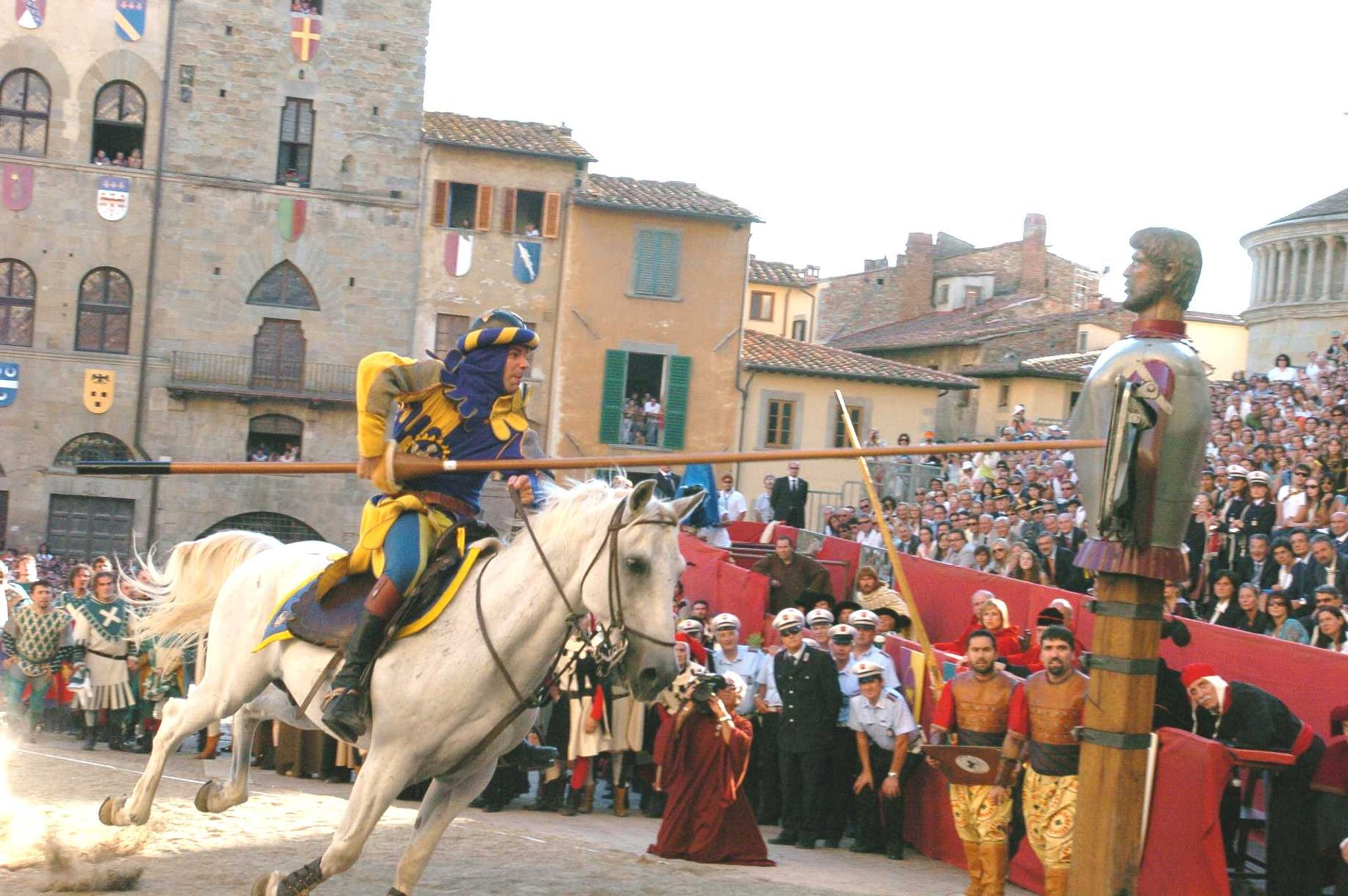 Giostra del Saracino (Joust of the Saracens) in Tuscany 2019 - Best Time