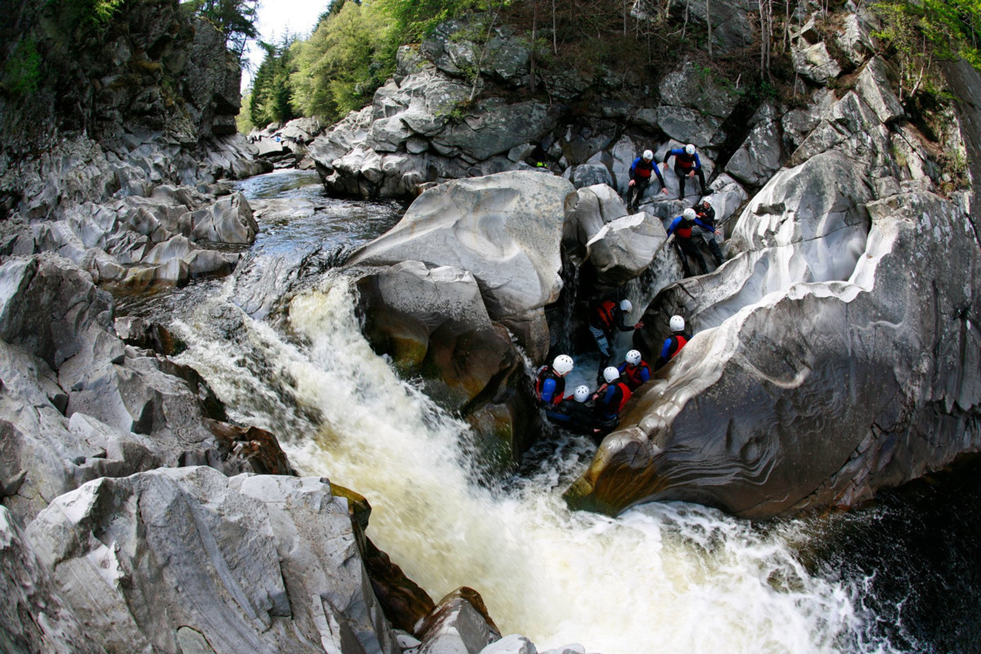 Canyoning and Gorge Walking in Scotland - Best Season 2020