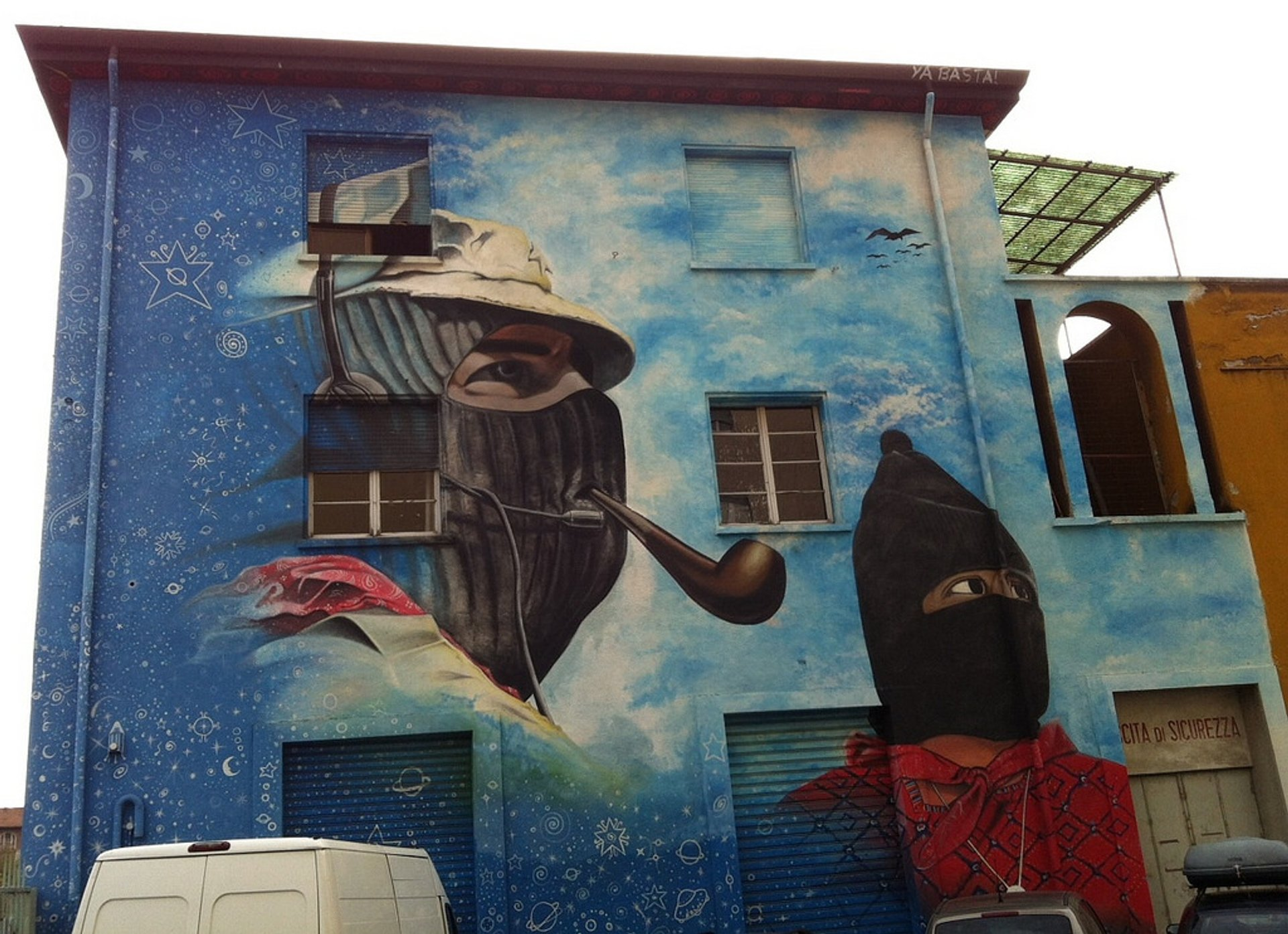 Best time to see Isola Street Art 2020
