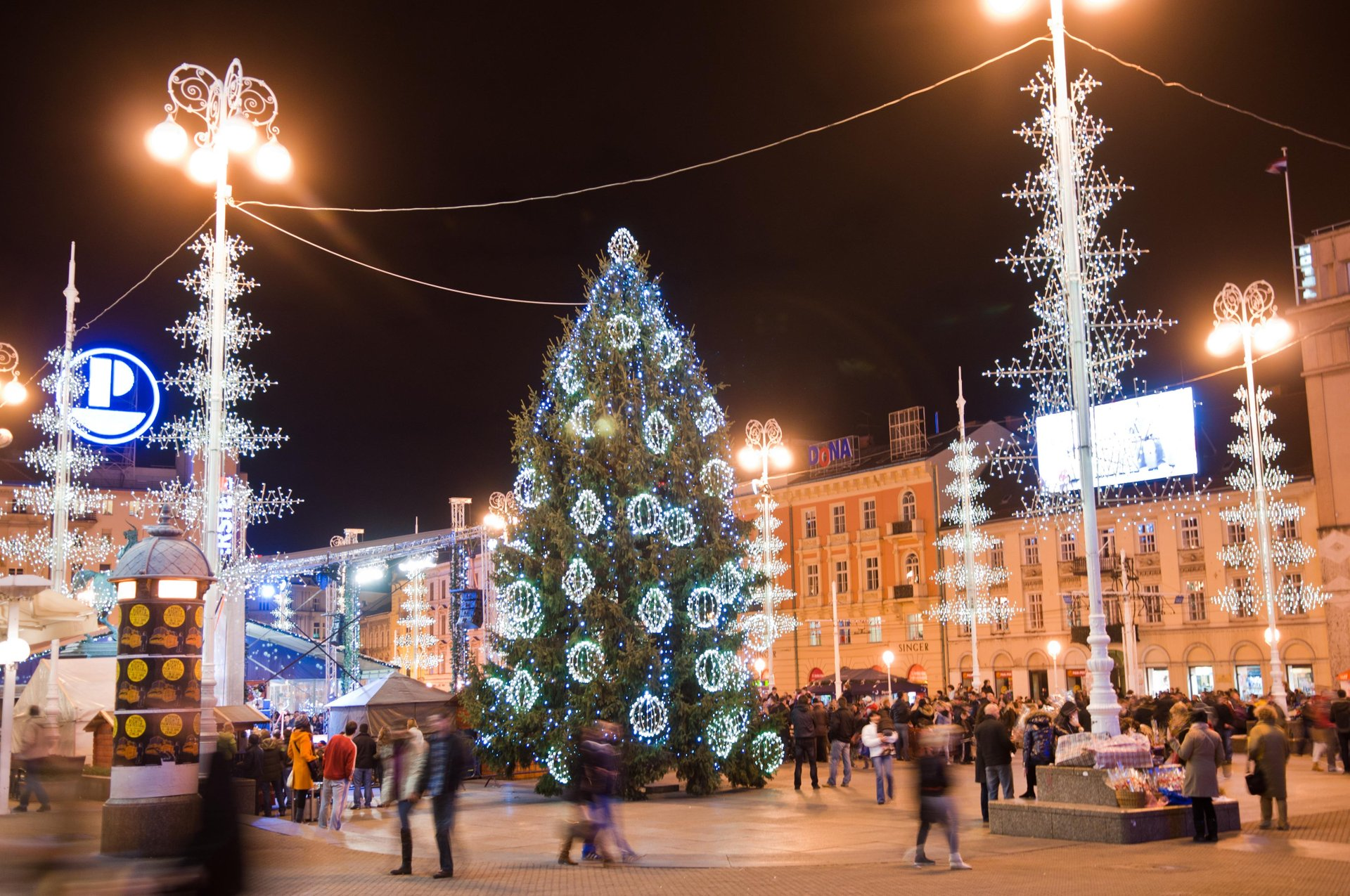 Zagreb Christmas Market in Croatia - Best Season 2019