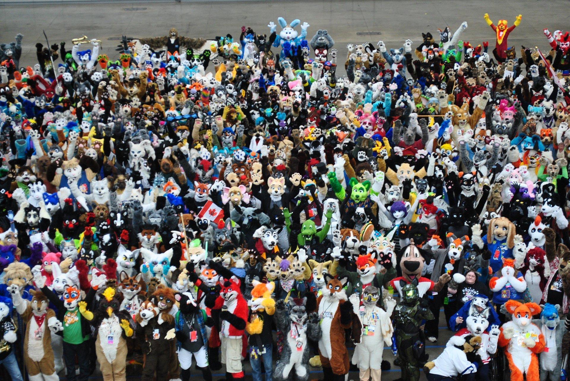 Fursuit group shot at Fursuit Parade 2020