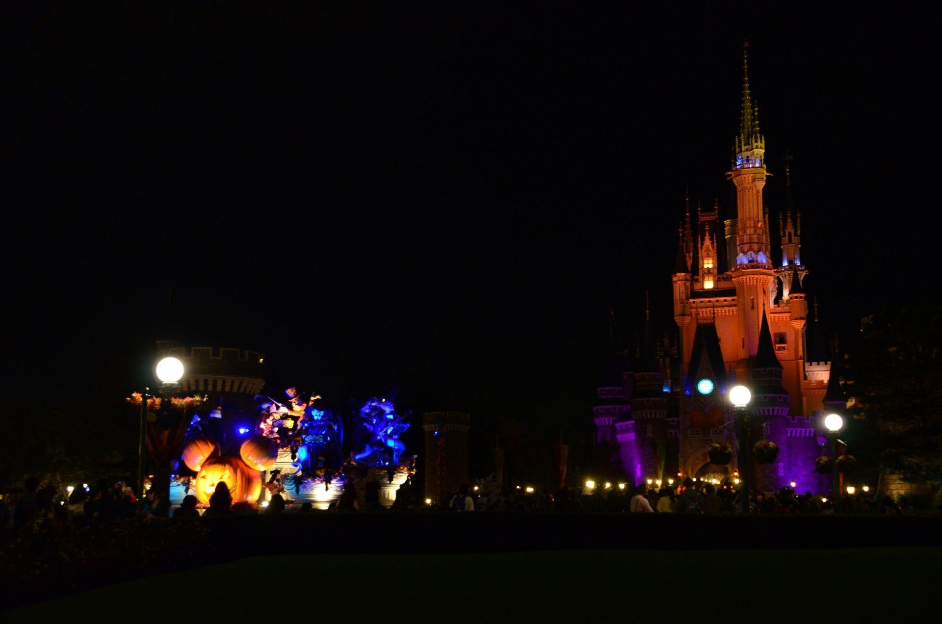 Halloween at Tokyo Disneyland 2020