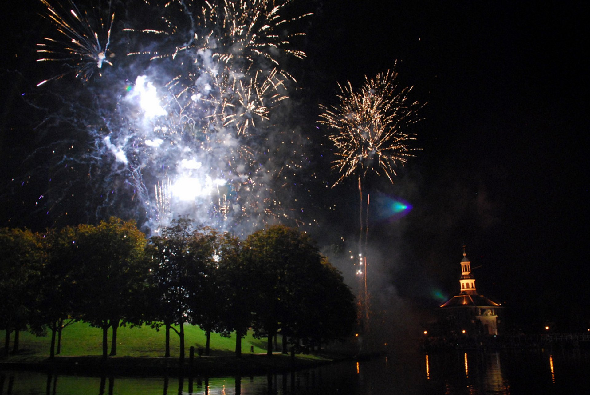 Best time to see Relief of Leiden in The Netherlands 2019