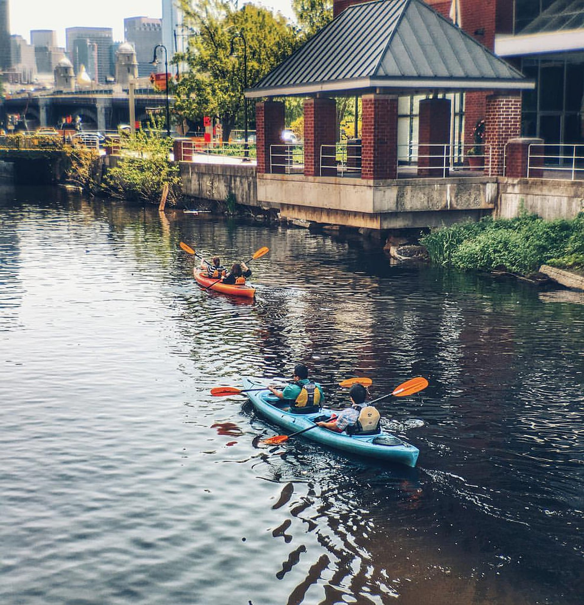 Charles River Kayaking in Boston 2020 - Best Time