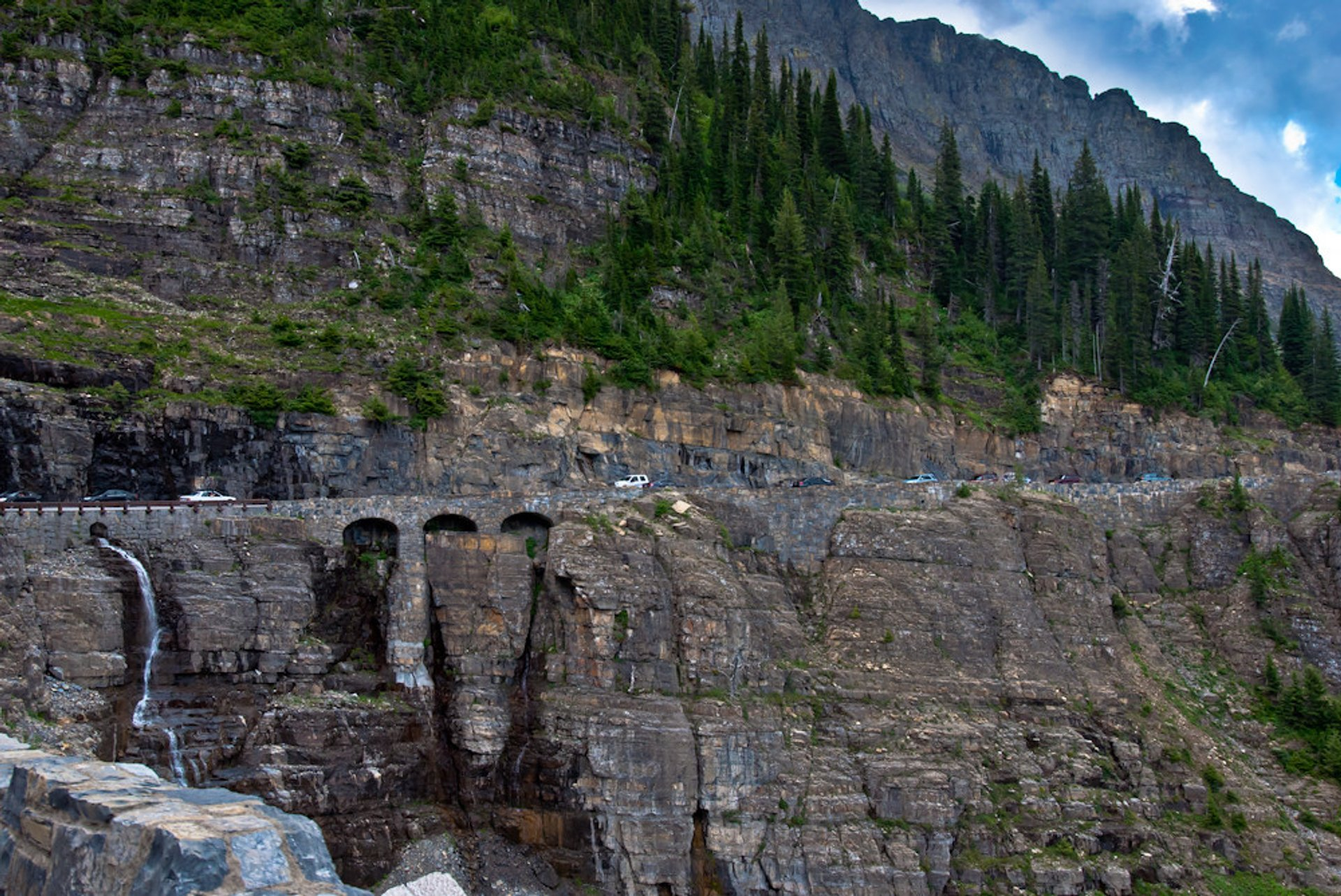 Going-to-the-Sun Road in Montana - Best Season 2020