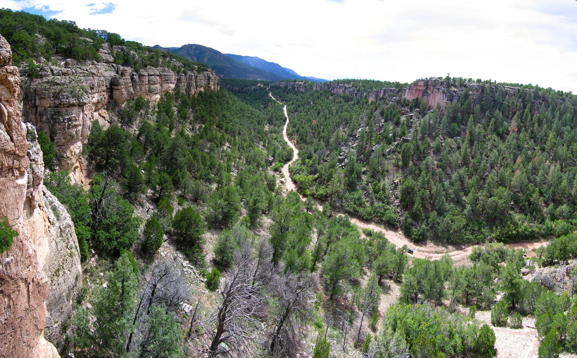 Best time to see Shelf Road Rock Climbing in Colorado 2020
