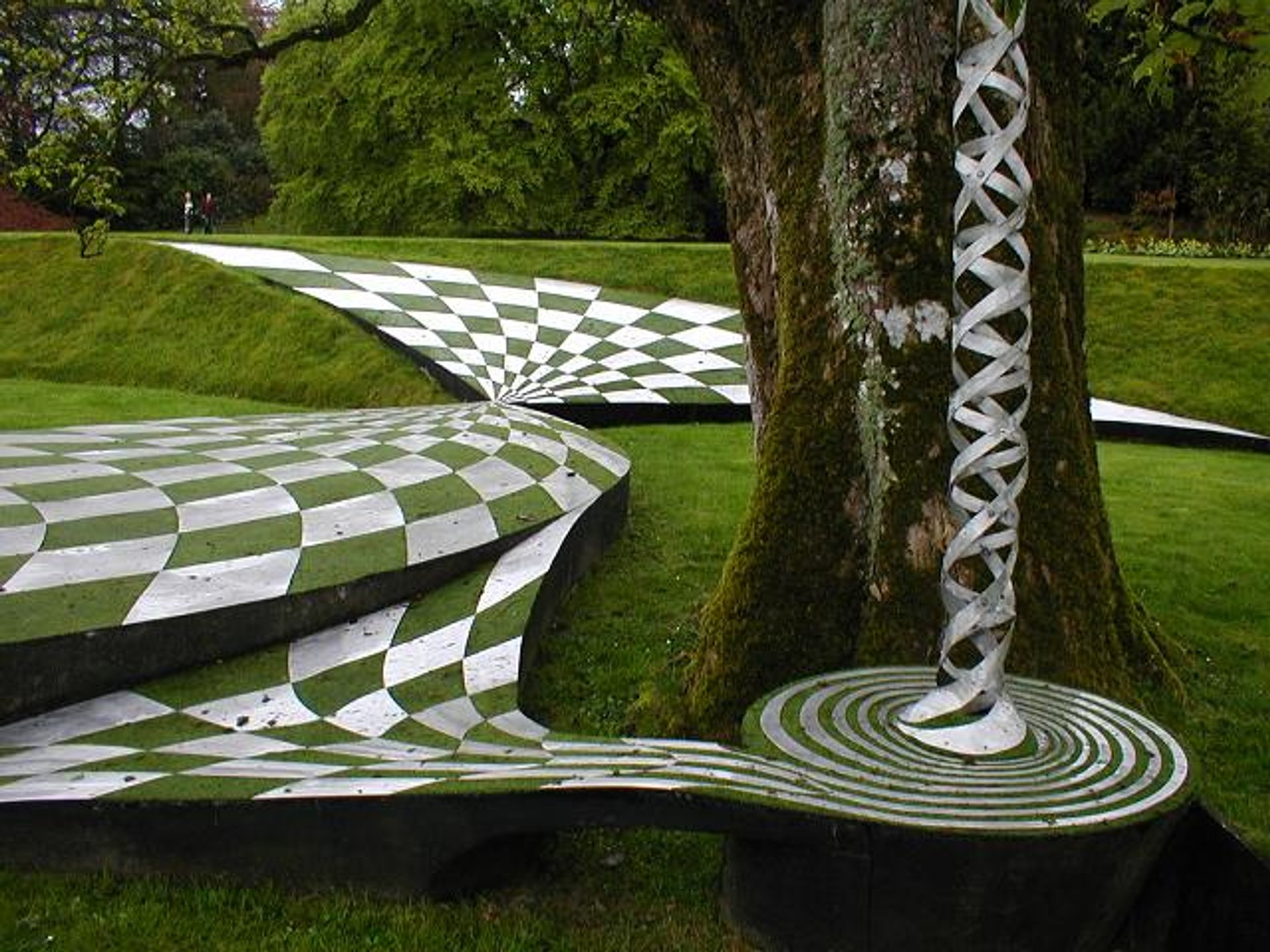 Garden of Cosmic Speculation in Scotland 2019 - Best Time