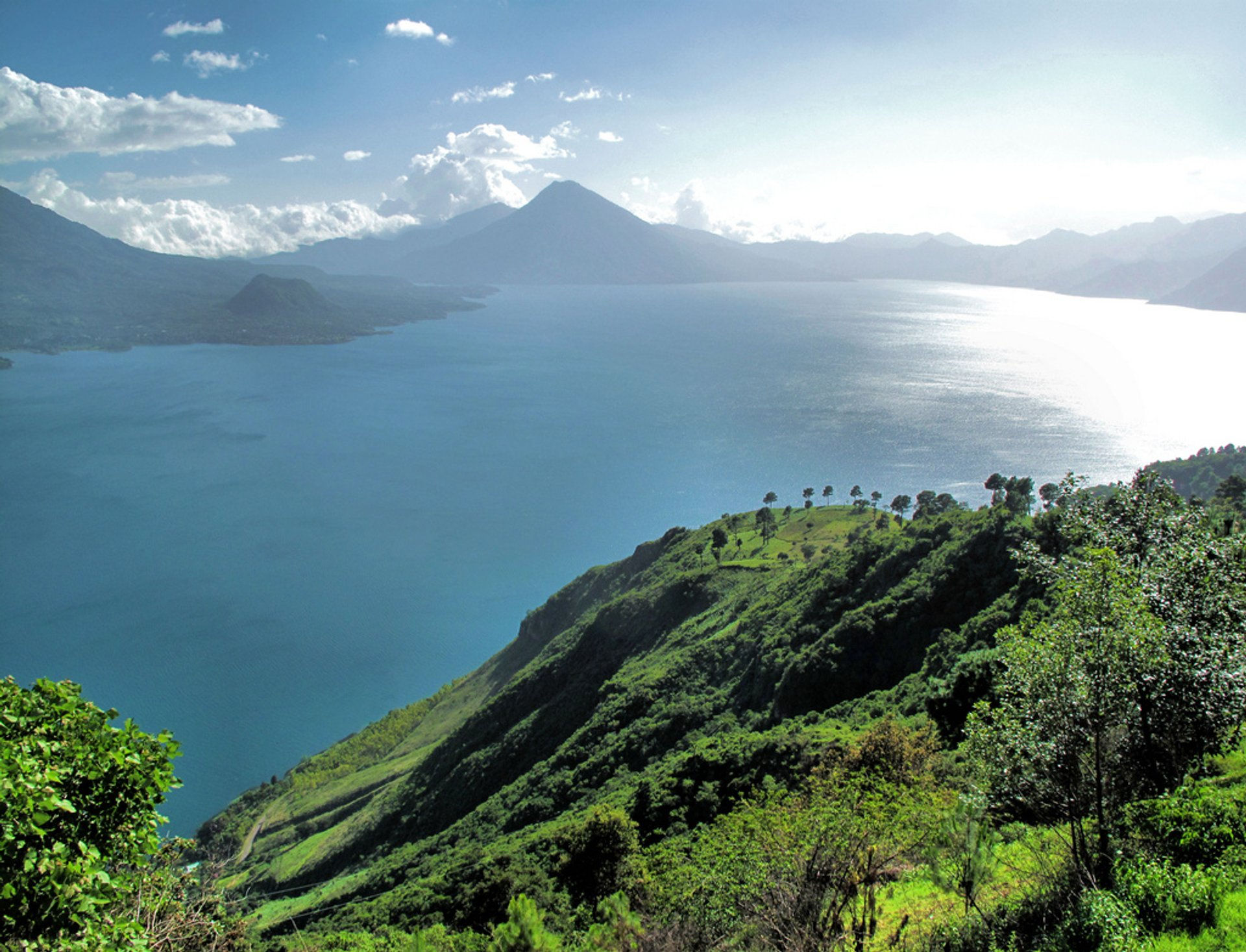 Lake Atitlán in Guatemala - Best Season 2020