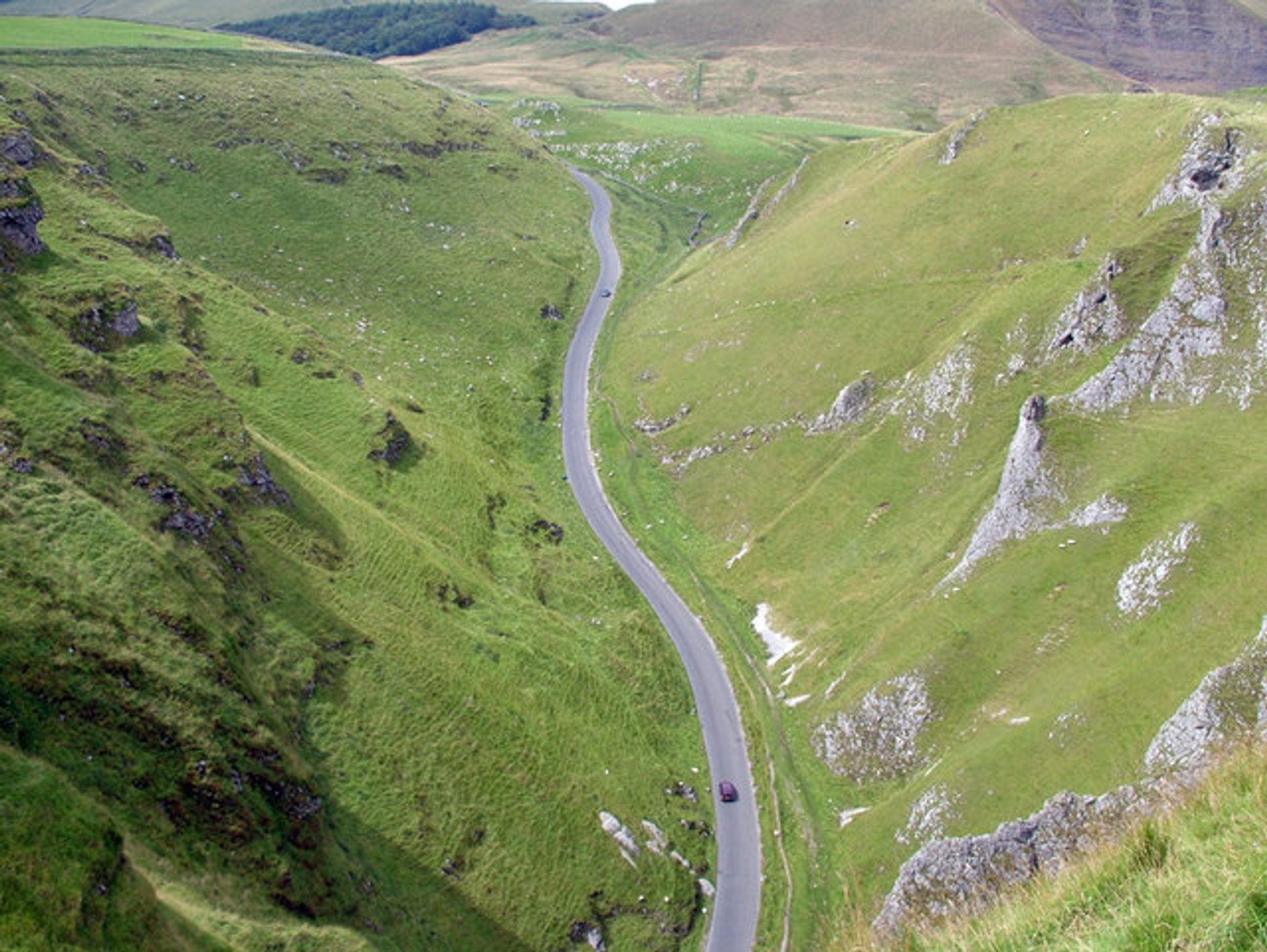Best time to see Winnats Pass in England 2019