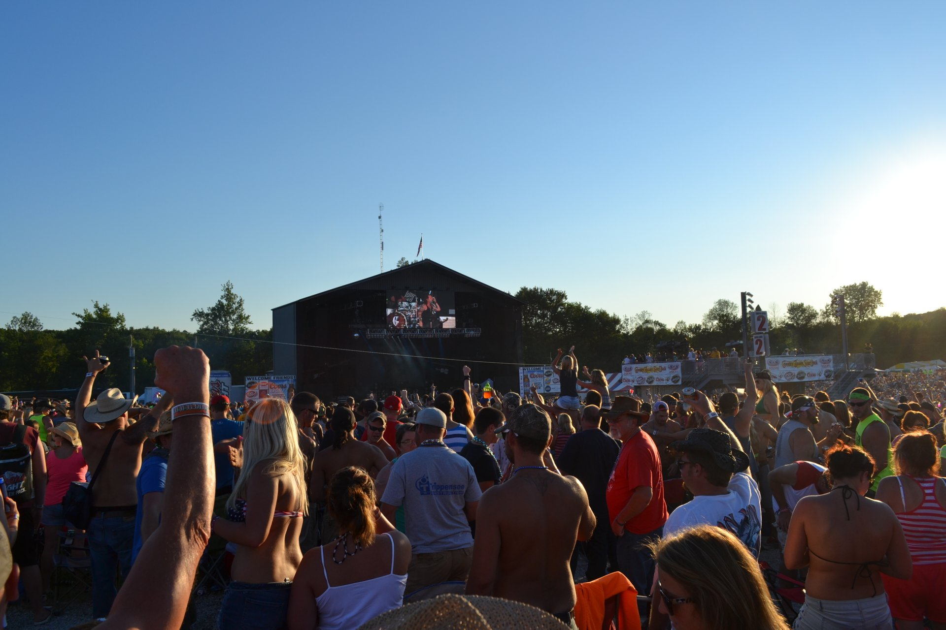 Best time for Country Concert in Midwest 2020