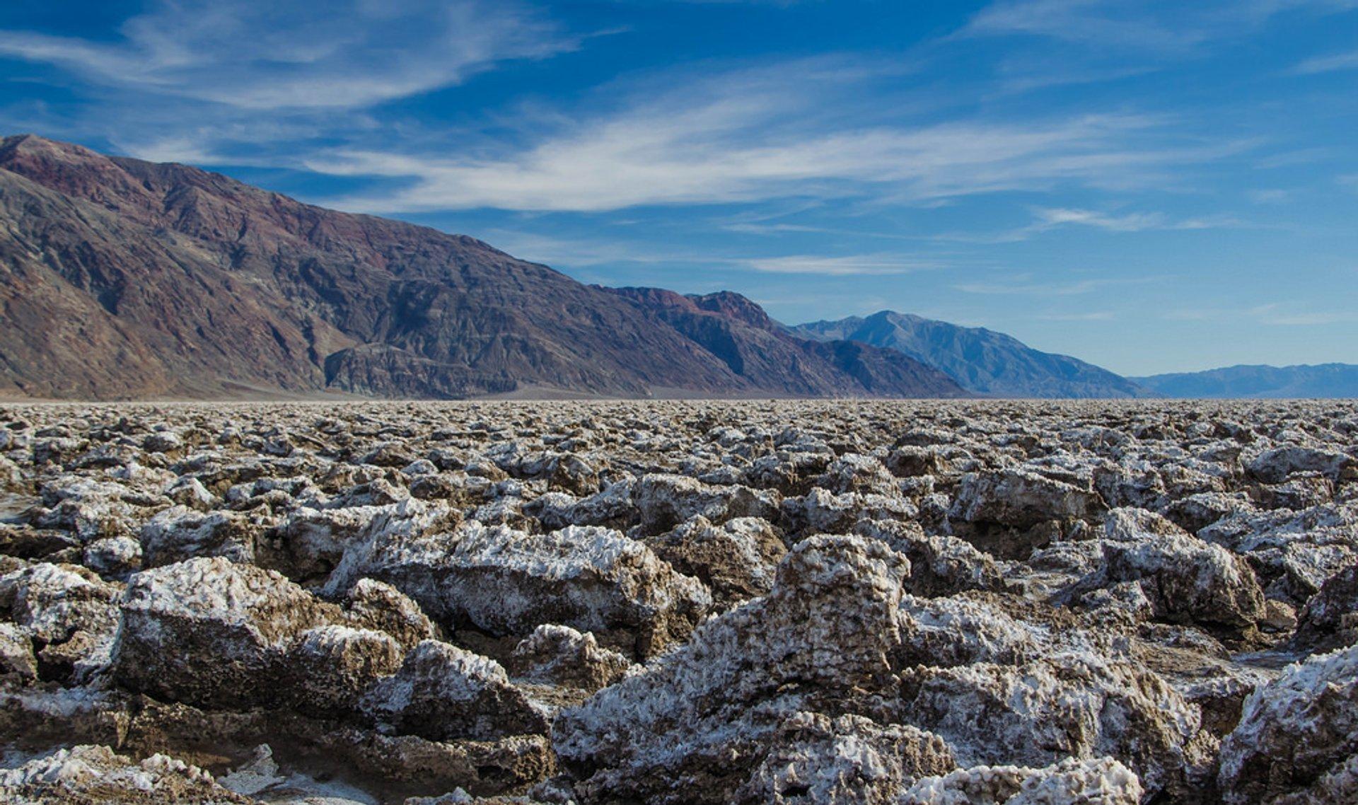 Devil's Golf Course in Death Valley - Best Season 2020