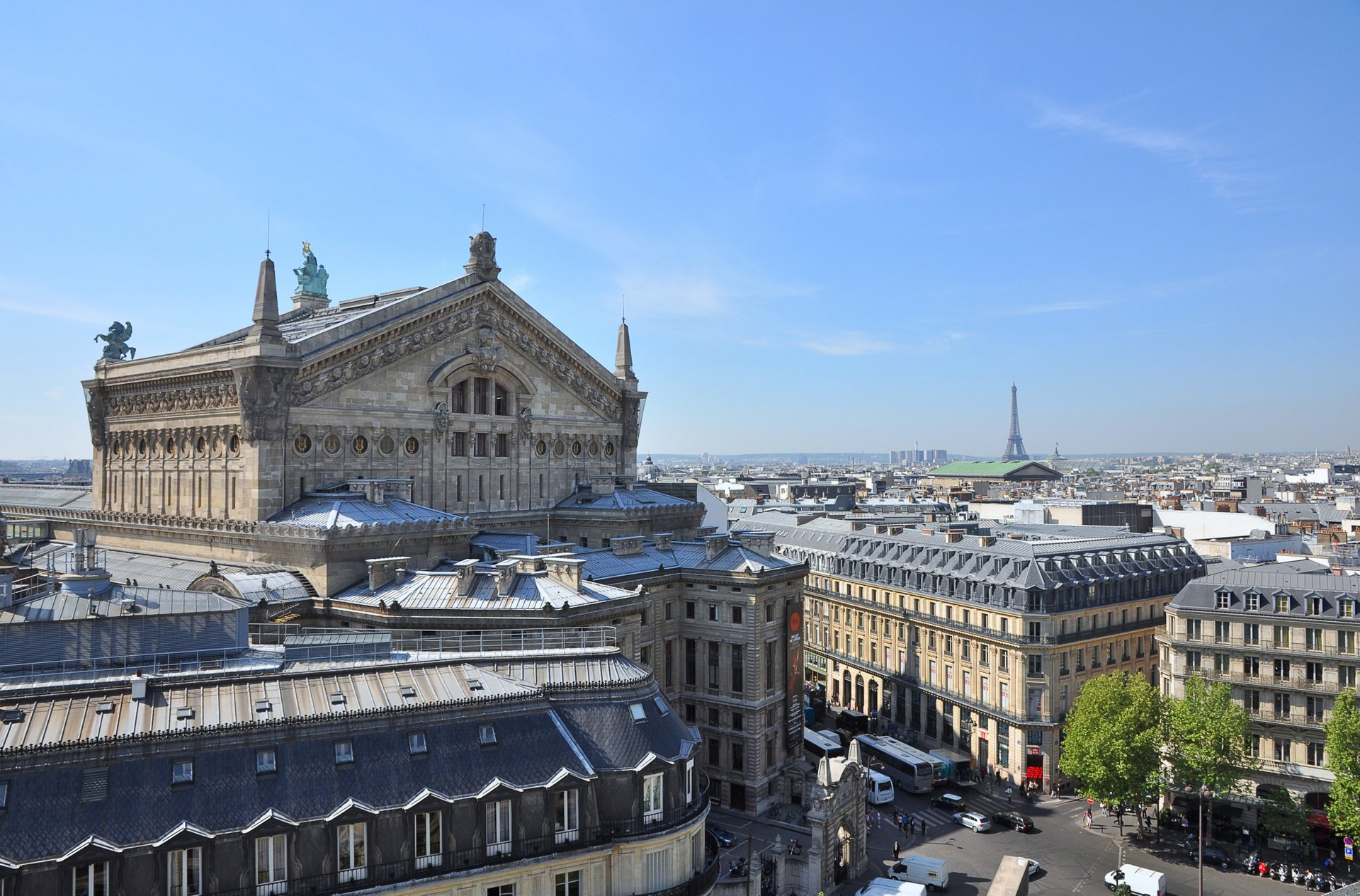 Terrace of the Galeries Lafayette in Paris - Best Season 2020