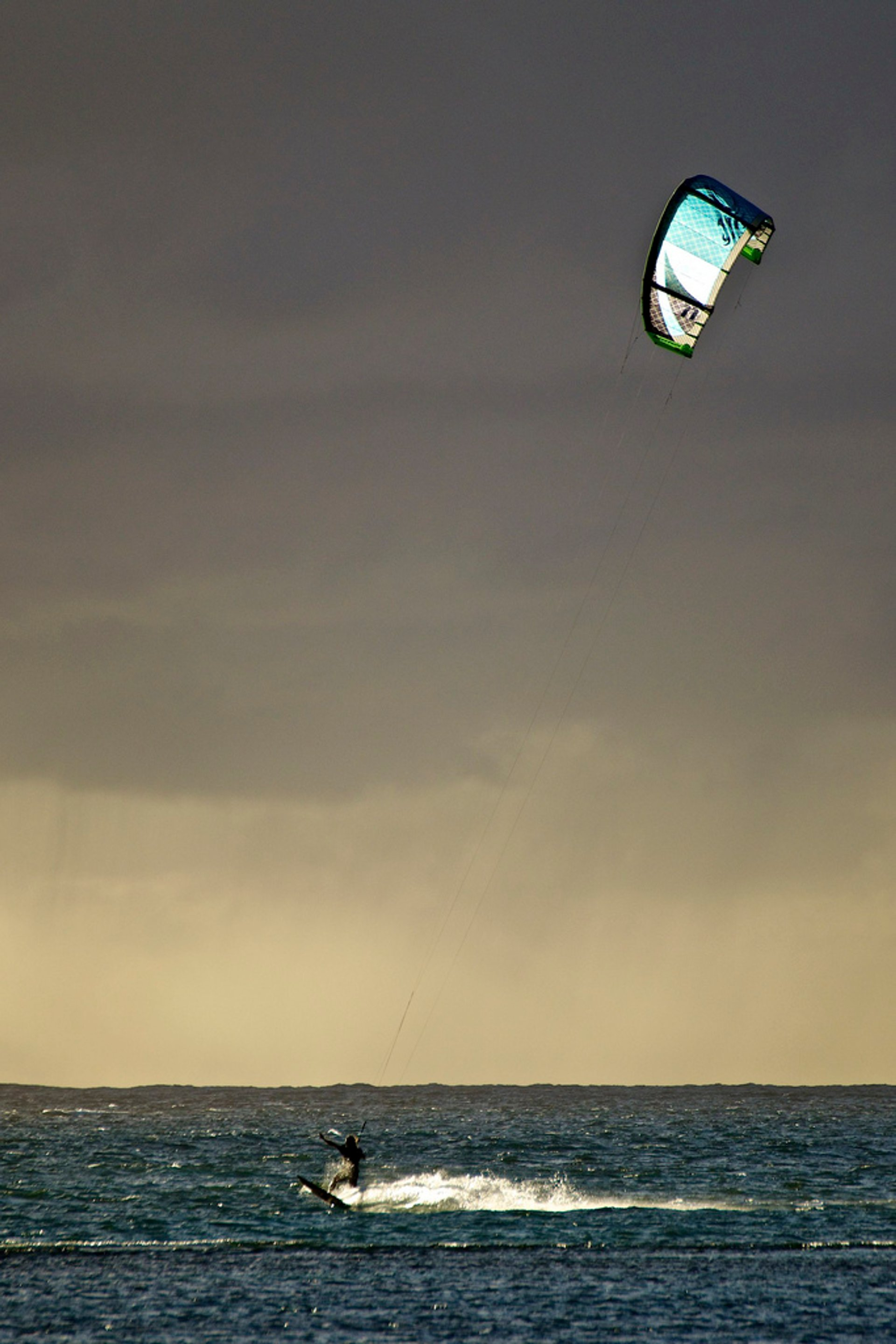 Best time for Kite and Windsurfing in Corsica 2020
