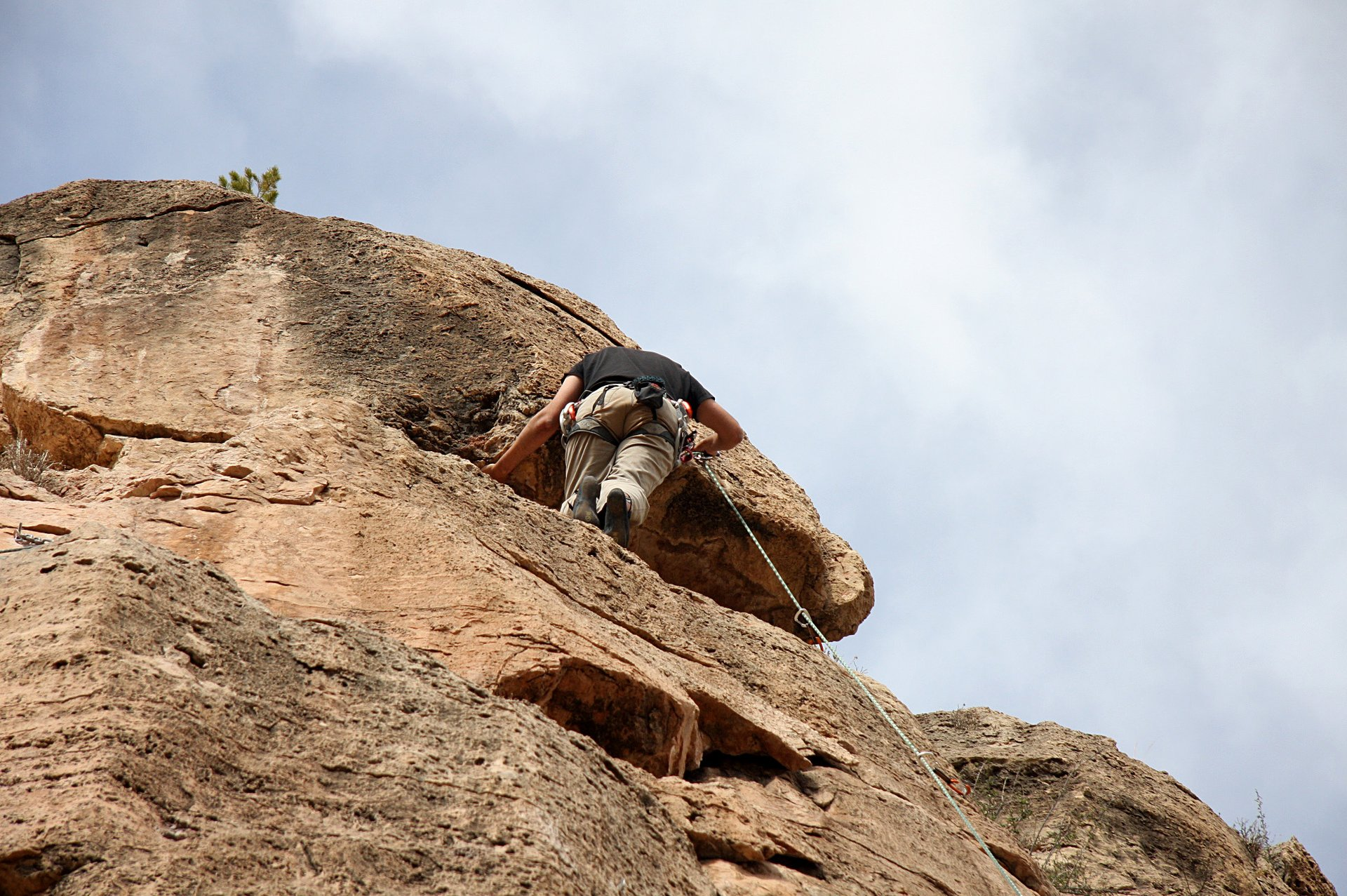 Best time for Shelf Road Rock Climbing in Colorado 2020