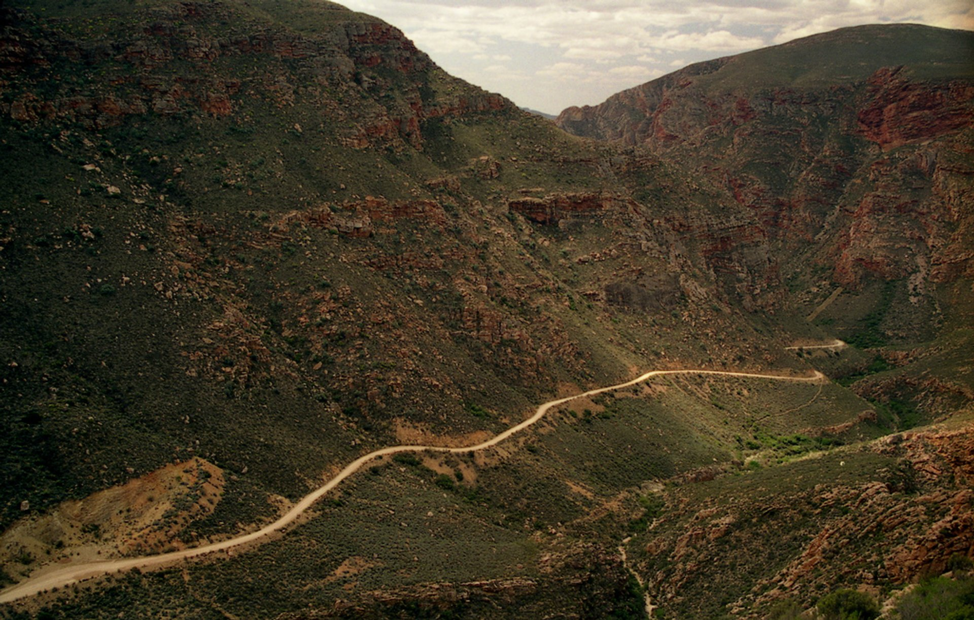 Best time for Swartberg Pass in South Africa 2020