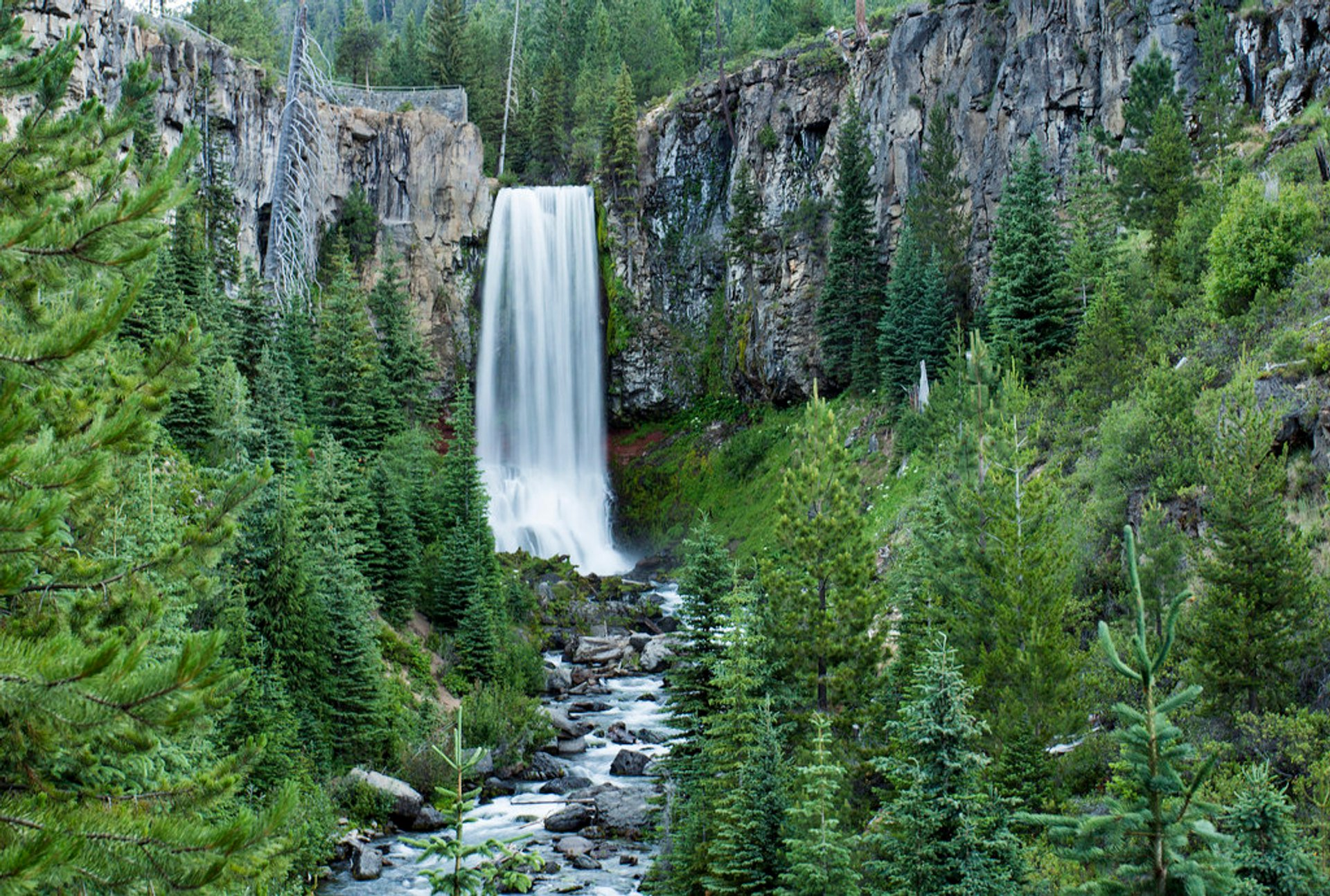 Tumalo Falls Hike in Portland 2020 - Best Time