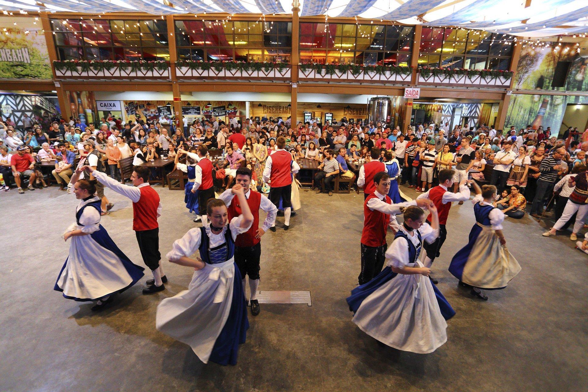 Best time for Oktoberfest Blumenau in Brazil 2020
