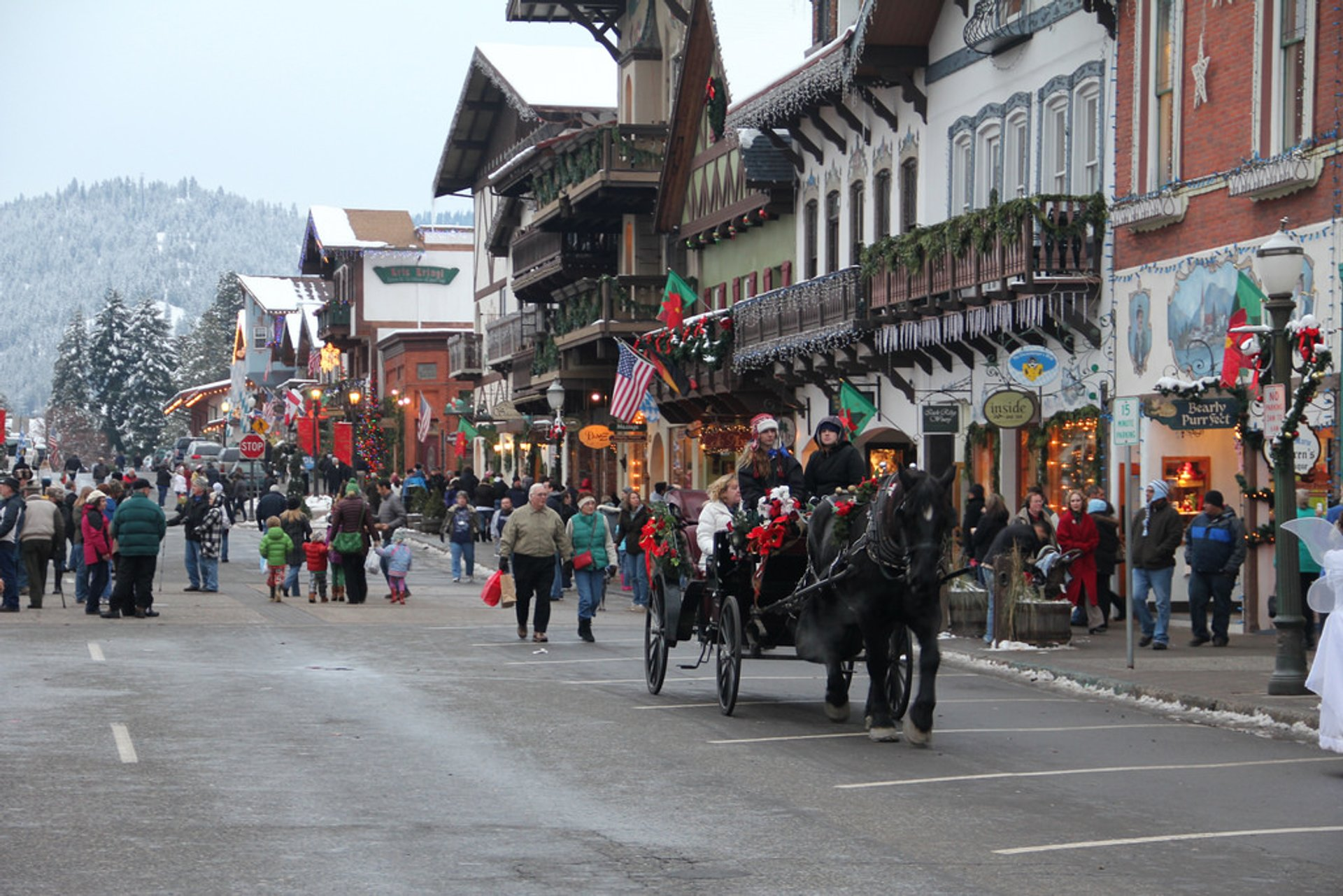 Leavenworth Christmas Lighting Festival in Seattle - Best Season 2019
