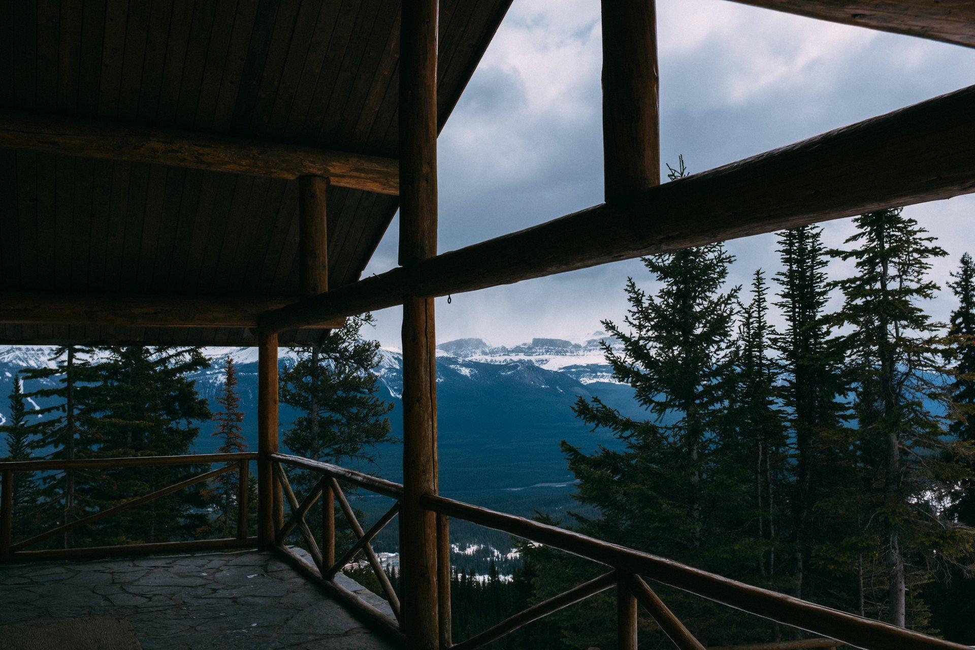 Best time for Lake Agnes Tea House in Banff & Jasper National Parks 2020