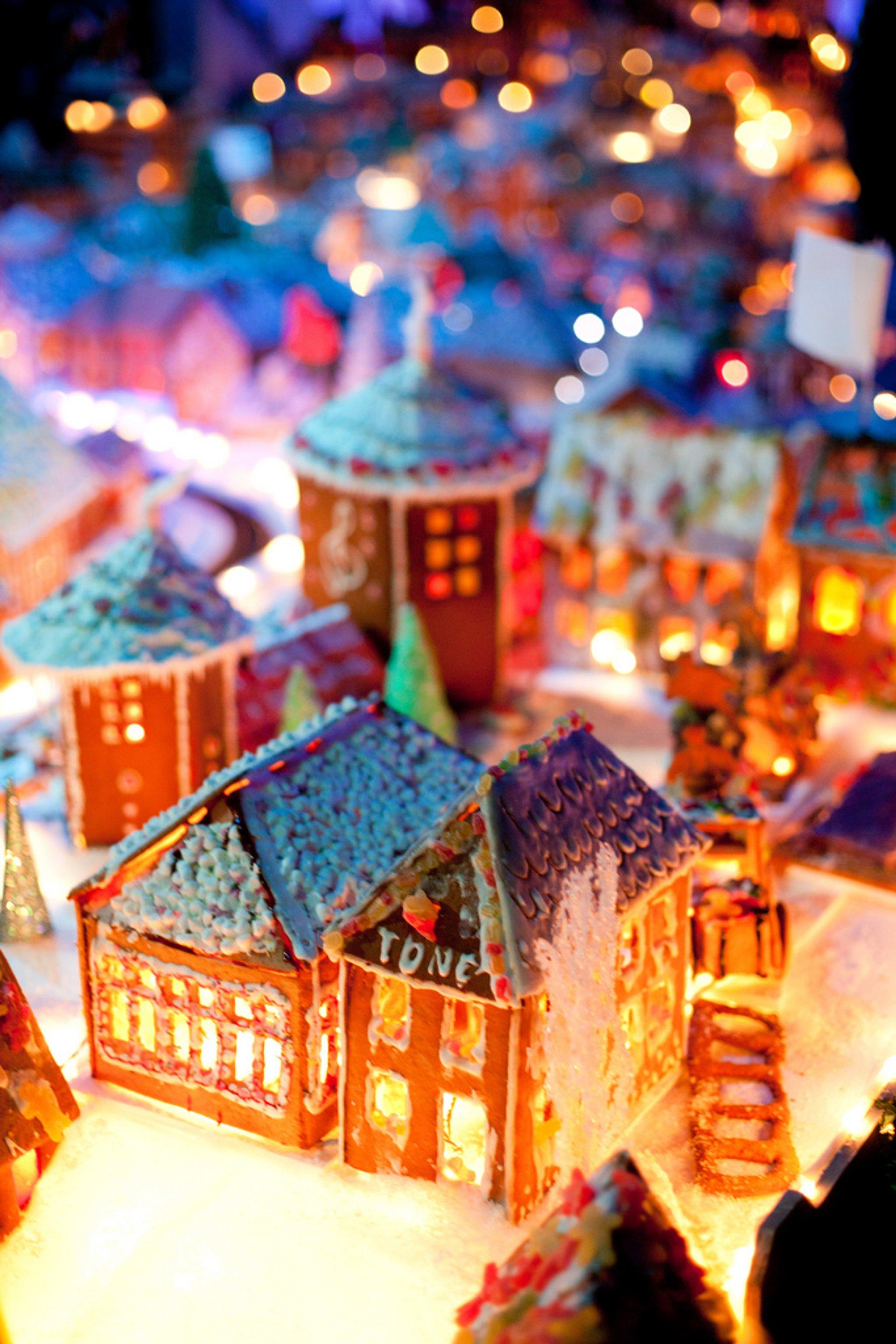 Bergen's Gingerbread Town (Pepperkakebyen) in Norway - Best Season 2020