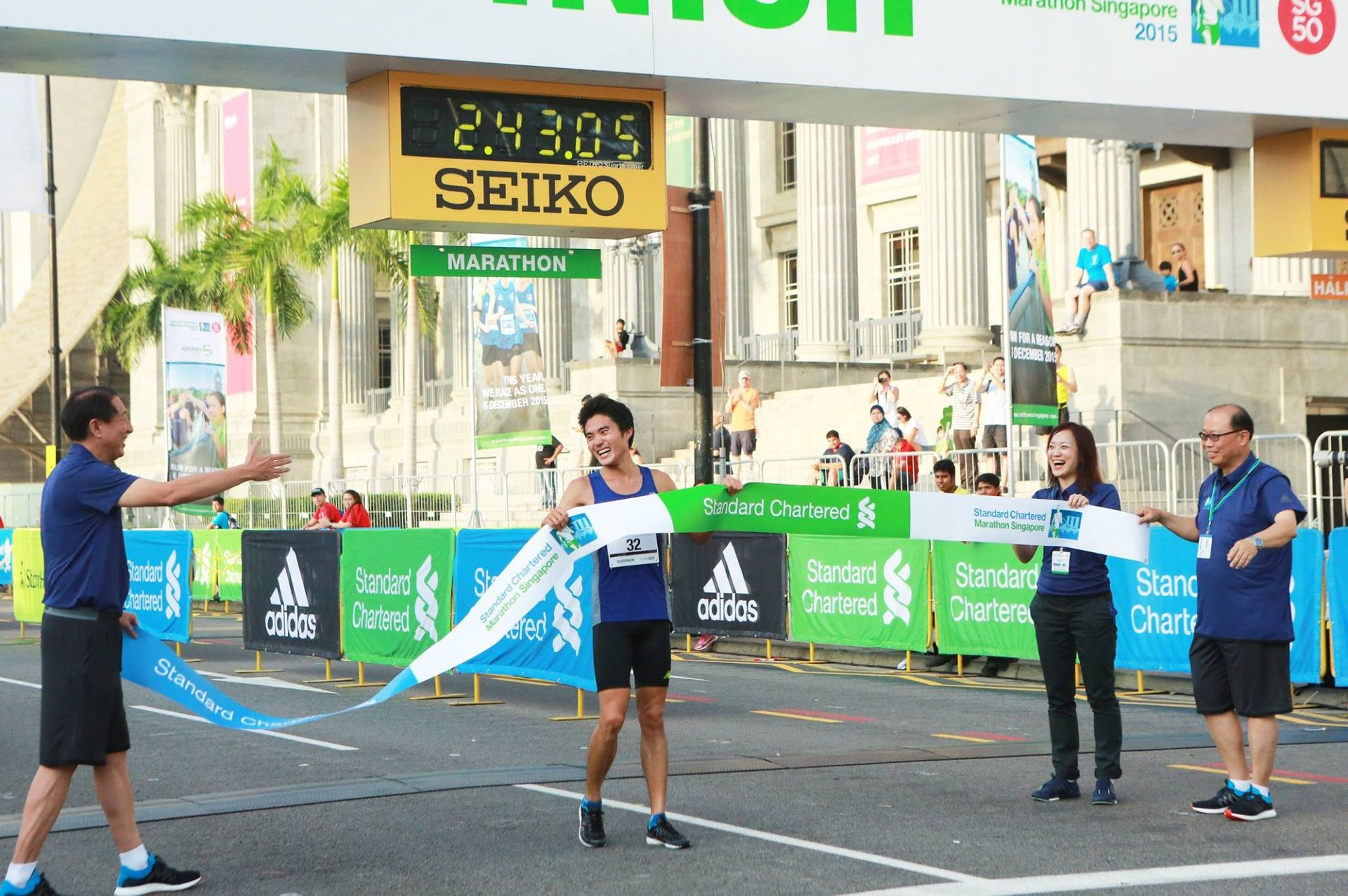 Local runner Mok Ying Ren finishes first in the local category 2020