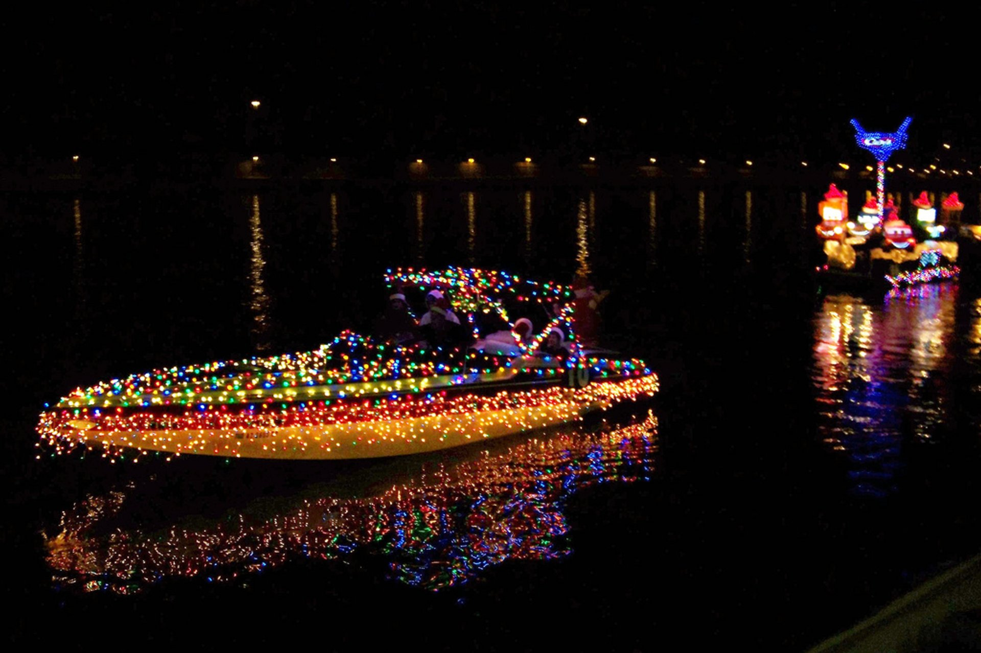 Crazy boat illuminations at Tempe Town Lake 2020
