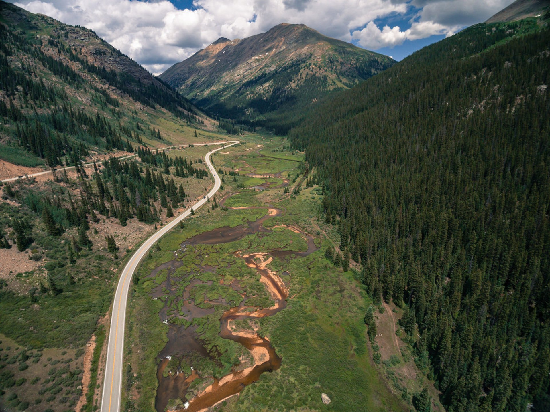 Independence Pass (Hunter Pass) in Colorado 2020 - Best Time