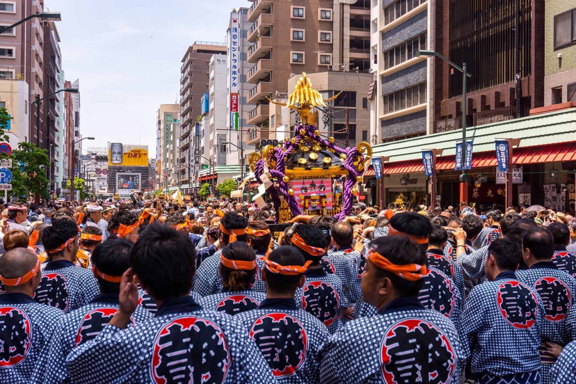 Best time for Asakusa Sanja Matsuri Festival in Tokyo 2020