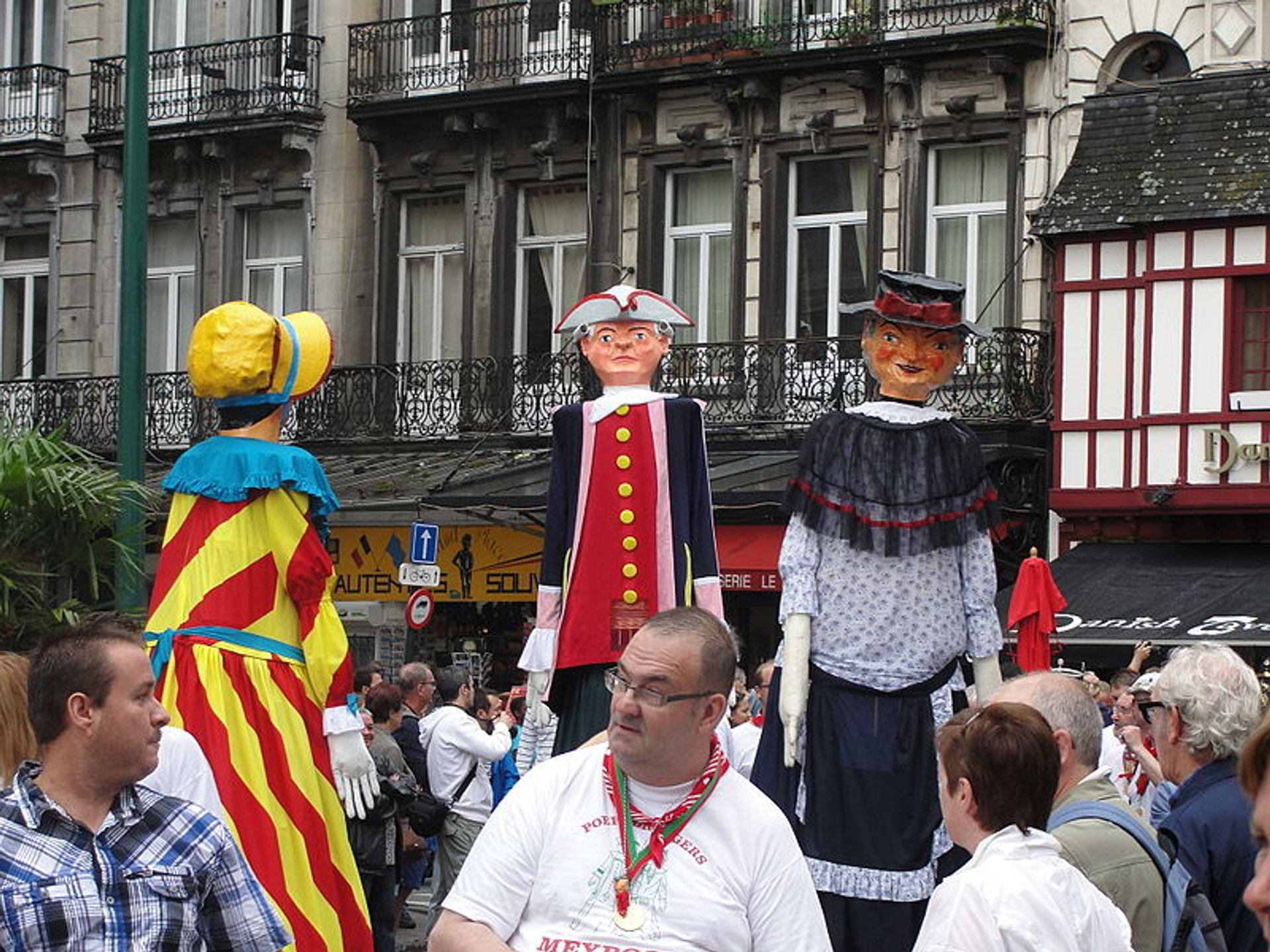 Parade of the giants of the Meyboom in Brussels prior to the planting 2020