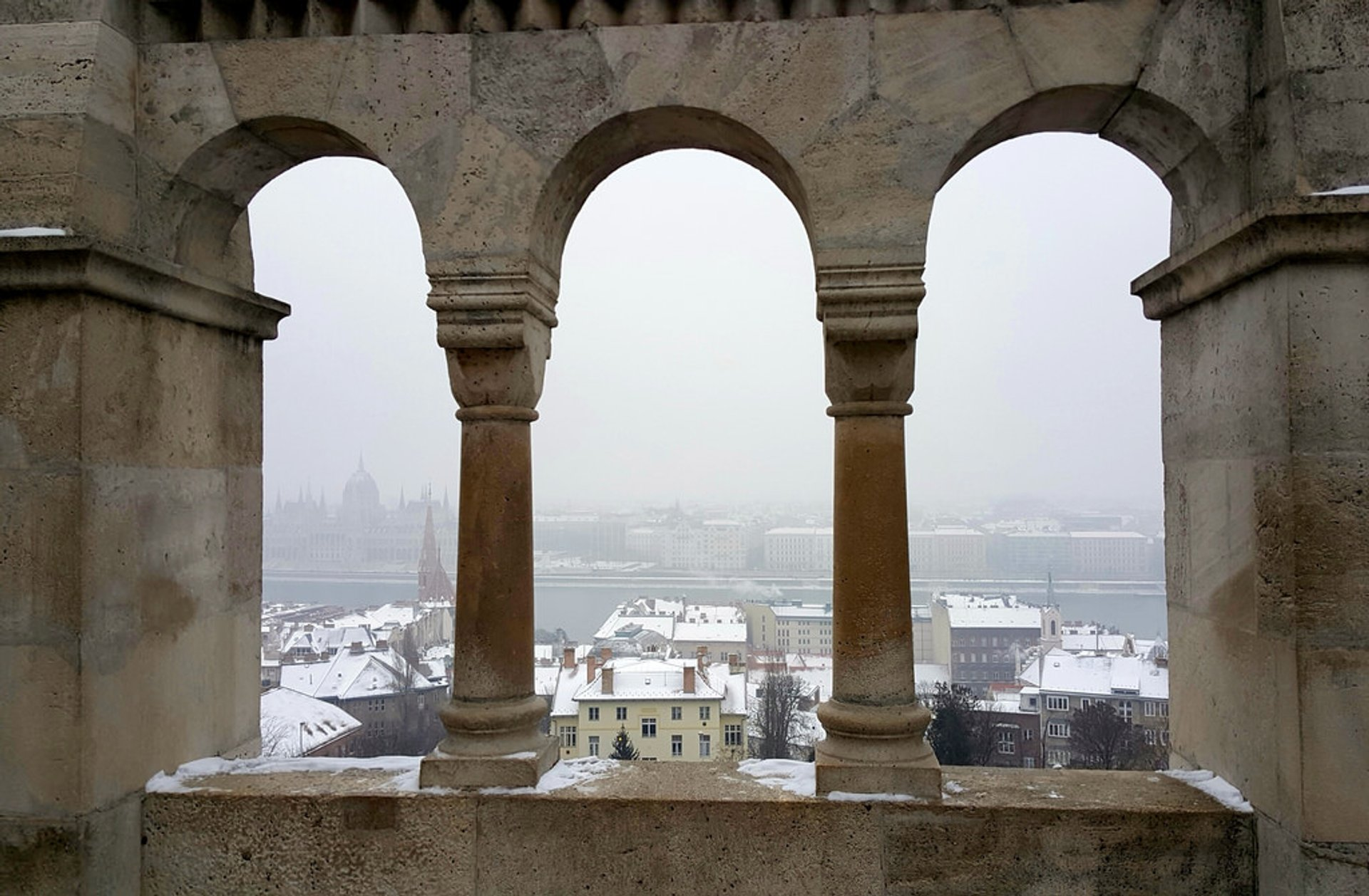 Best time to see Winter Wonderland at the Fisherman's Bastion in Budapest 2020